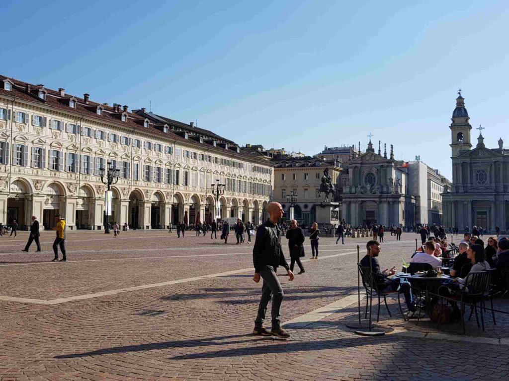 Torino. Piazza San Carlo . cosa vedere a Torino