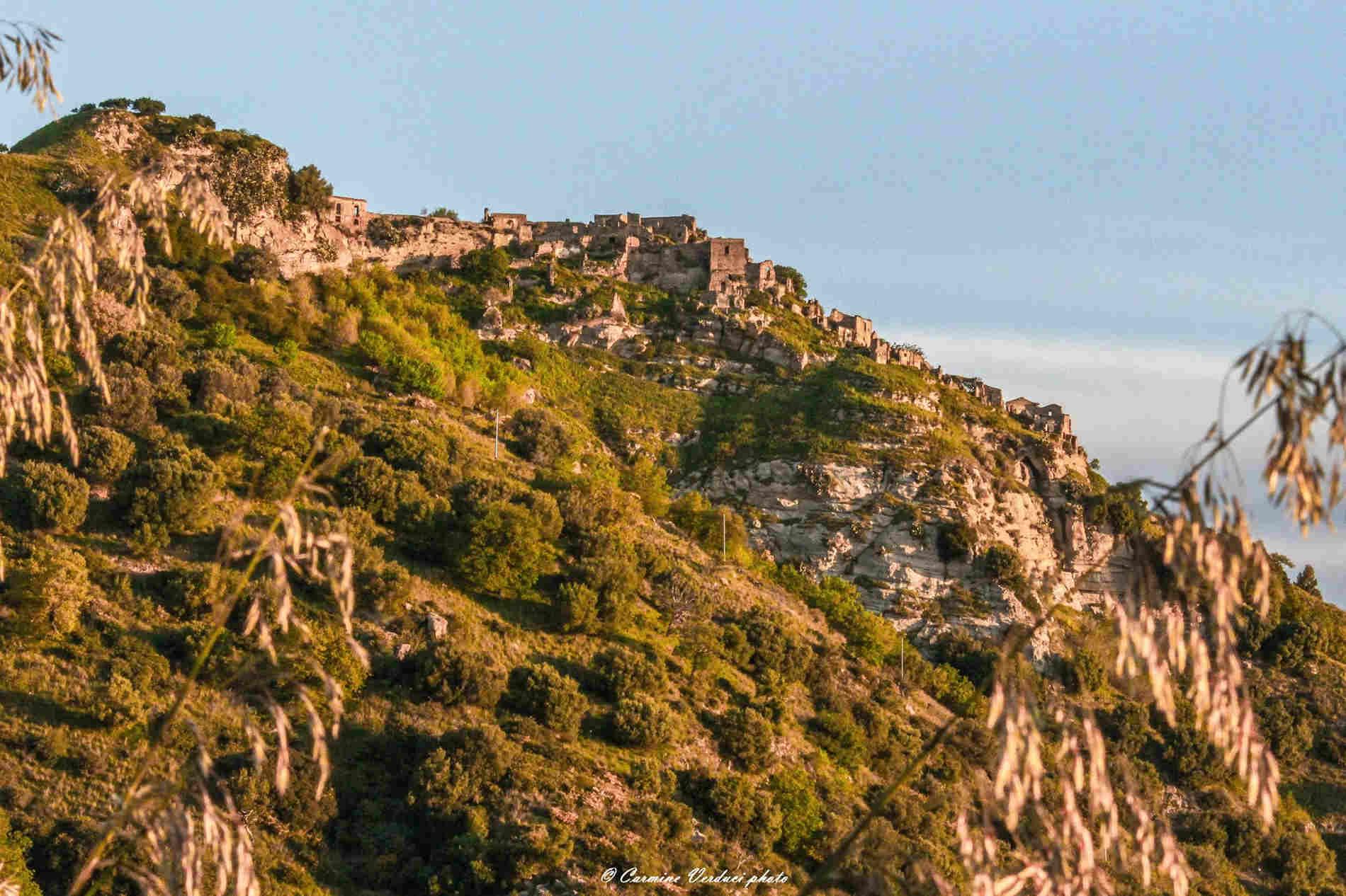 Calabria - Il Tramonto a Brancaleone Superiore