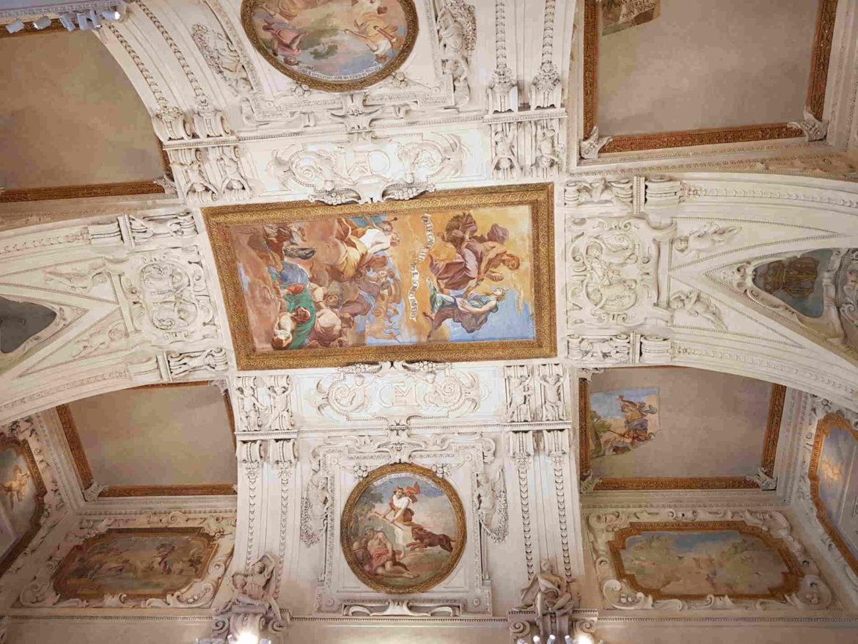 affreschi-reggia-di-diana-venaria-reale
