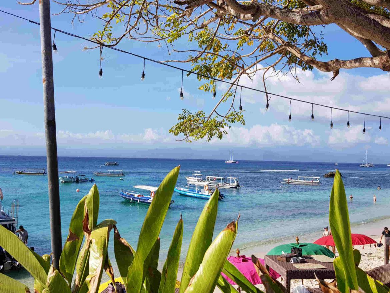 Viaggio a Bali Aperitivo a Mushroom Bay Nusa lembongan