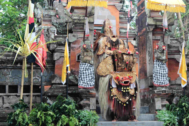 Danze Barong e Keris di Batubulan, nel Tempio di Pura Desa Singapadu1