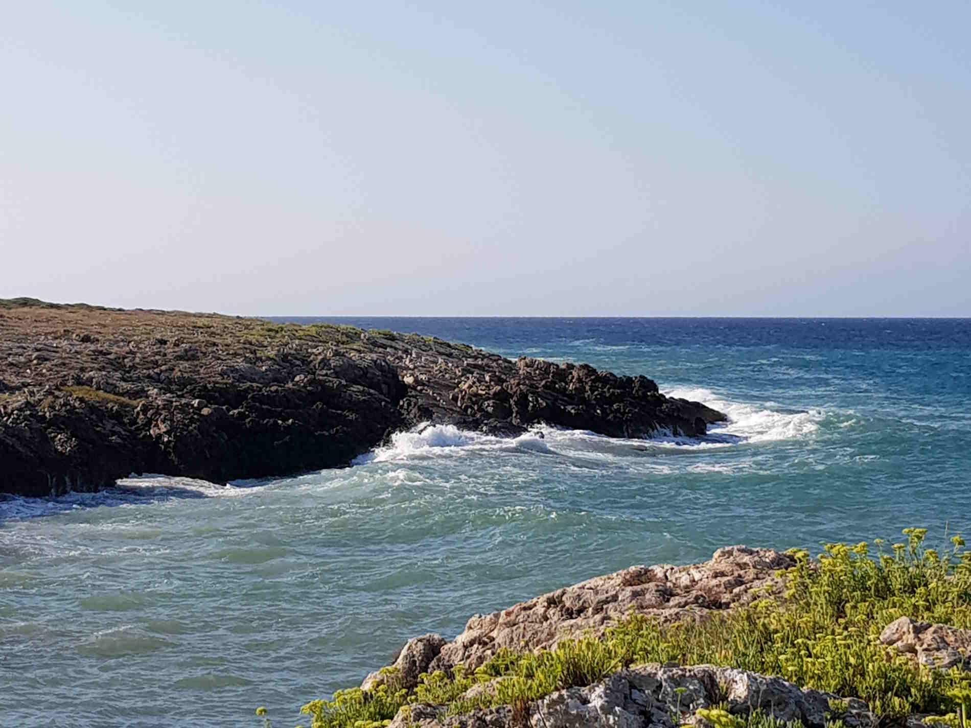 Le coste rocciose ed i profumi delle Marine di Ugento per Vacanze in Salento