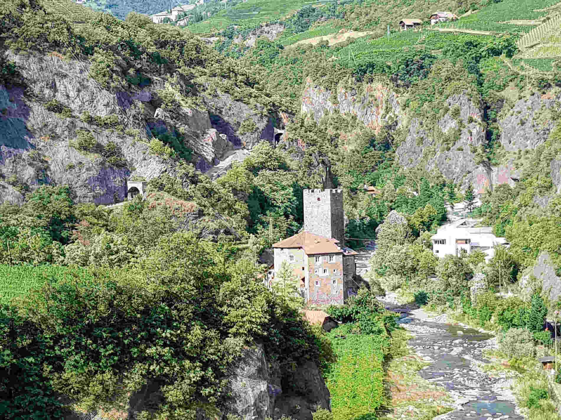 Panorami della Val Sarentina da Castel Roncolo