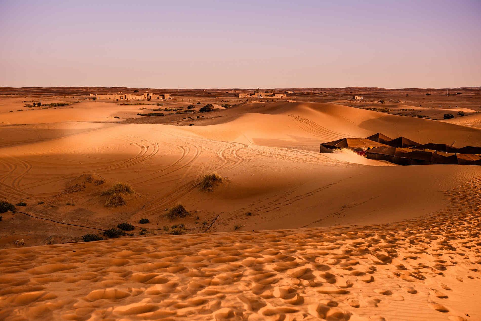 viaggio in Marocco Campi tendati fra le dune nel deserto di Merzouga