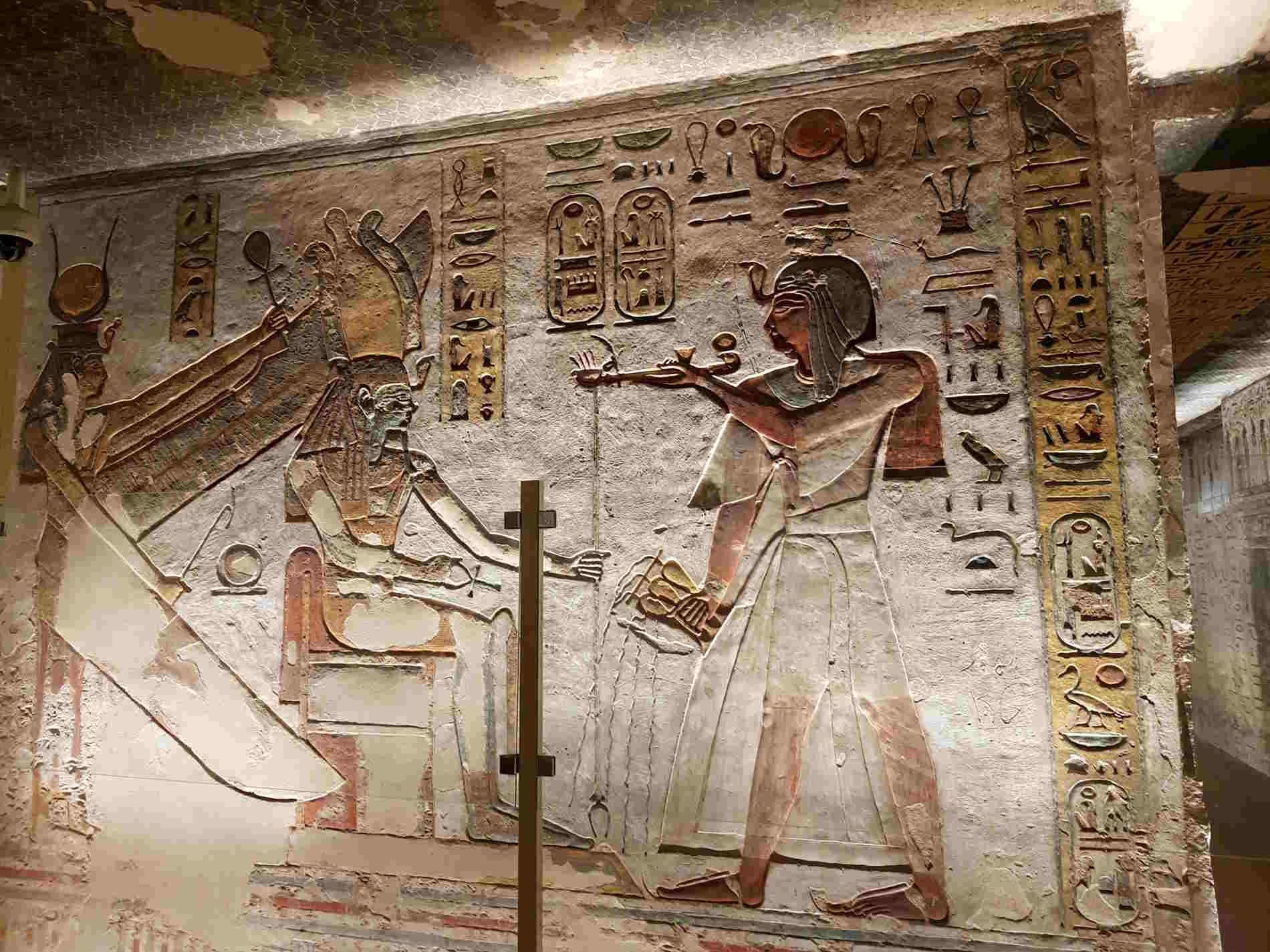 Nella valle di Re crociera sul Nilo