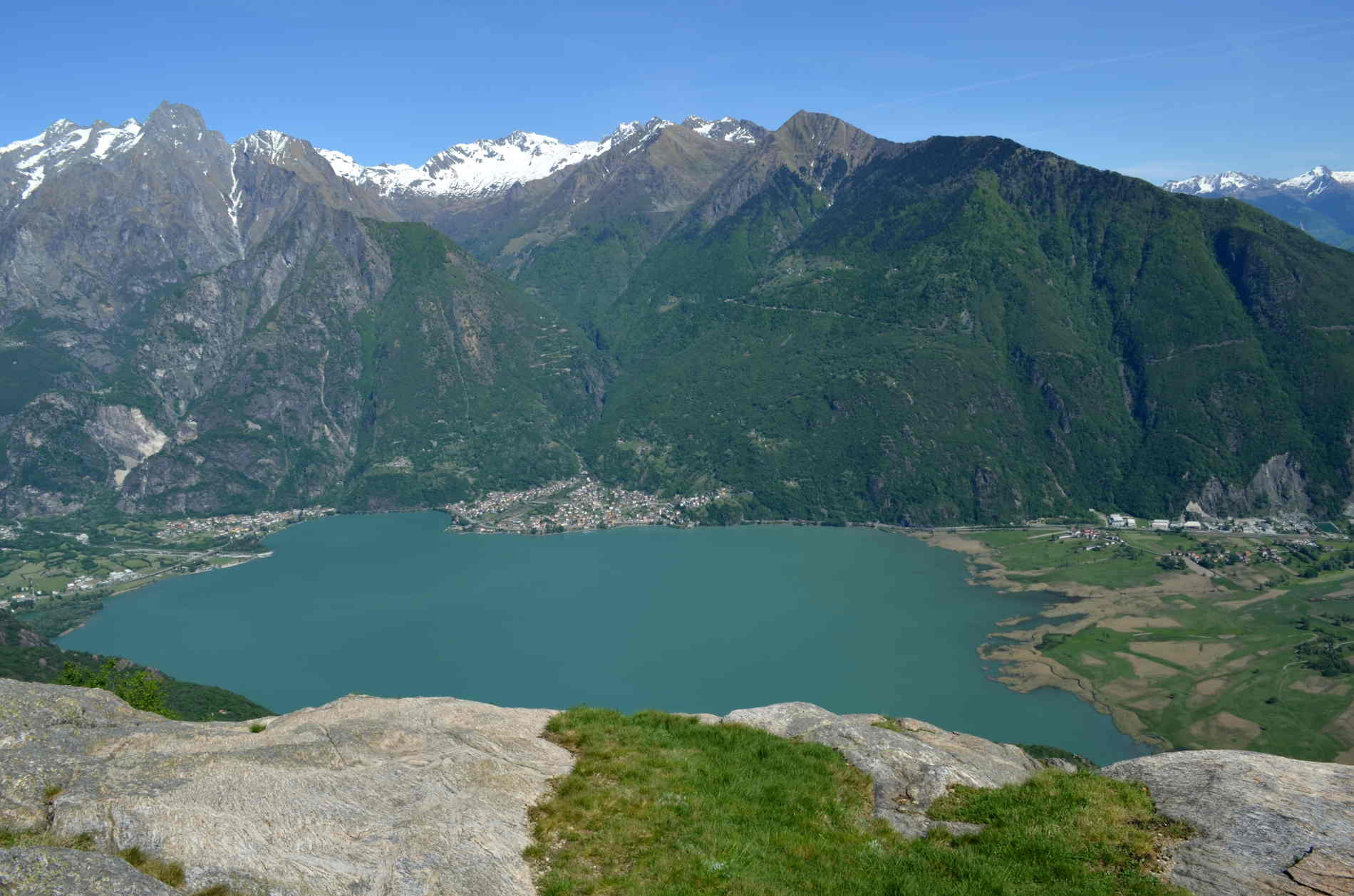 4 Chiacchiere con la Travel Blogger Chiara di Sometimes Aways e le montagne sopra il Lago di L