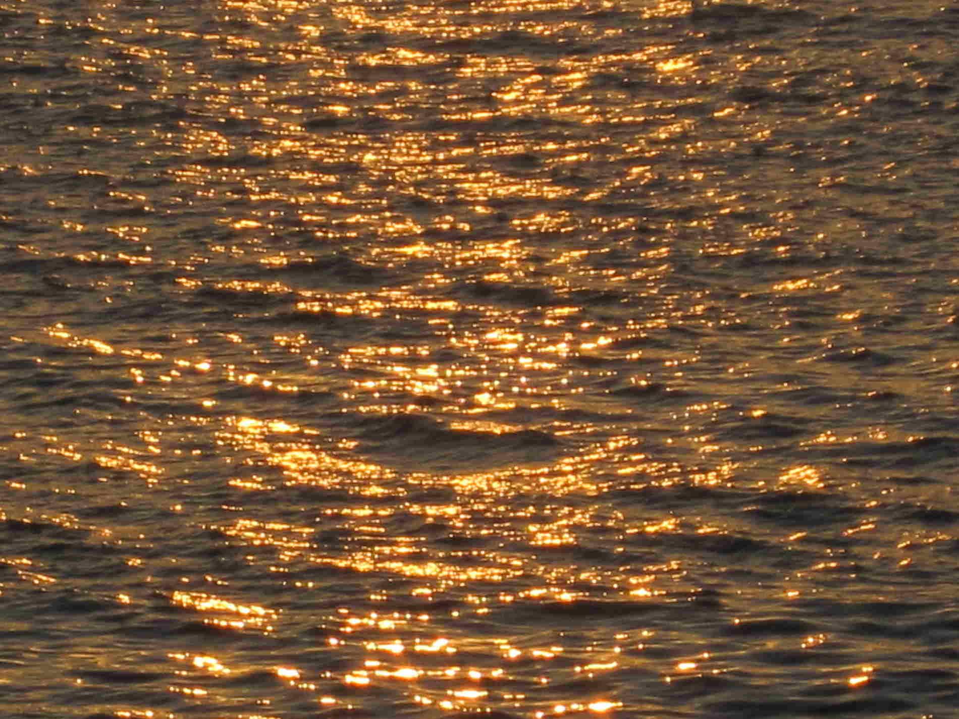 Lungomare Falcomatà di Reggio Calabria colori mare al tramonto