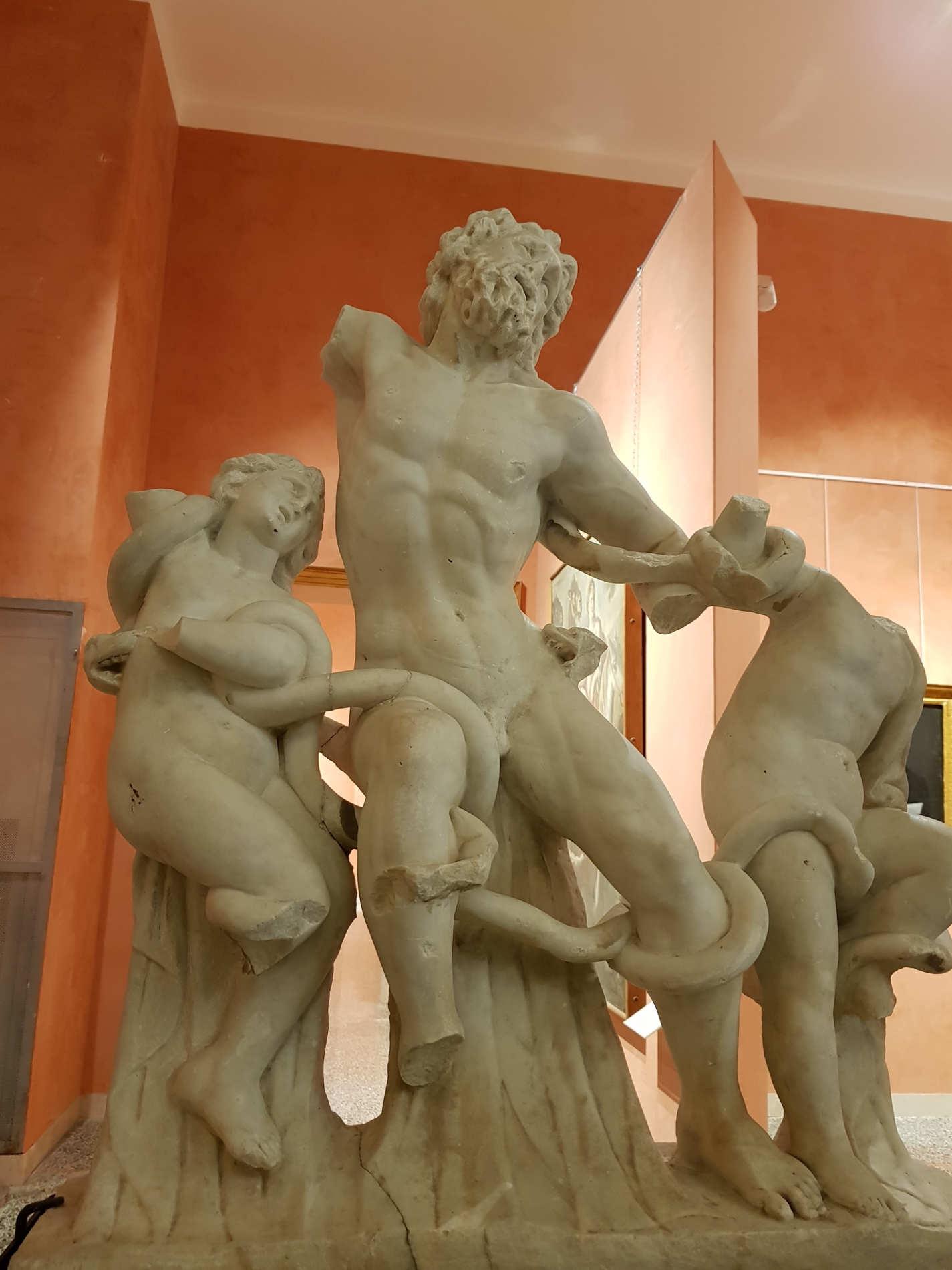 Copia originale del Laooconte del Bernini Pinacoteca Civica di Reggio Calabria