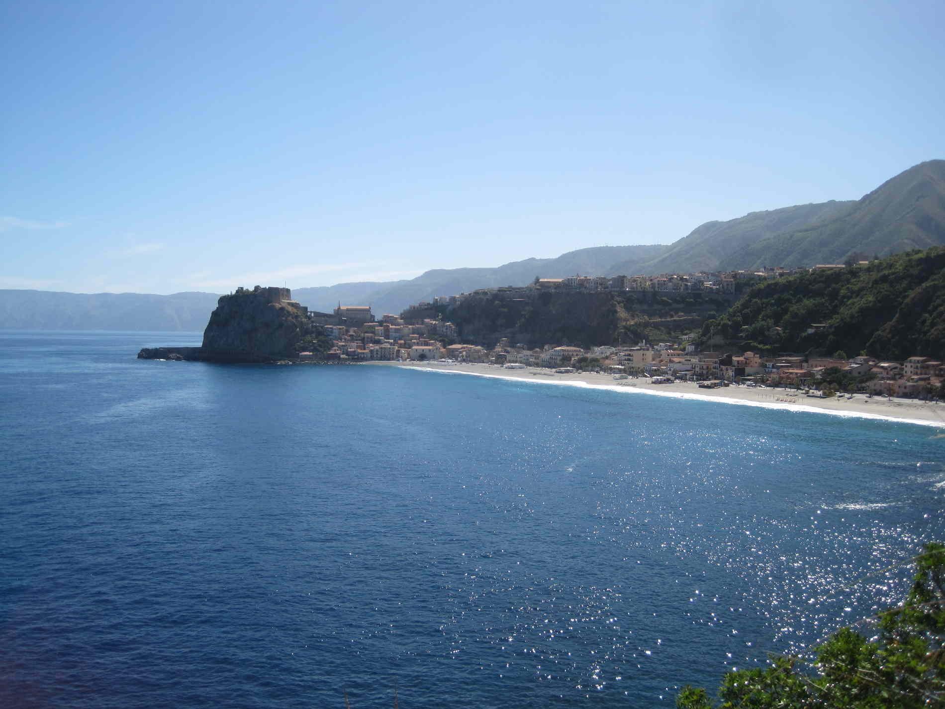 Panorama su Scilla e la sua spiaggia