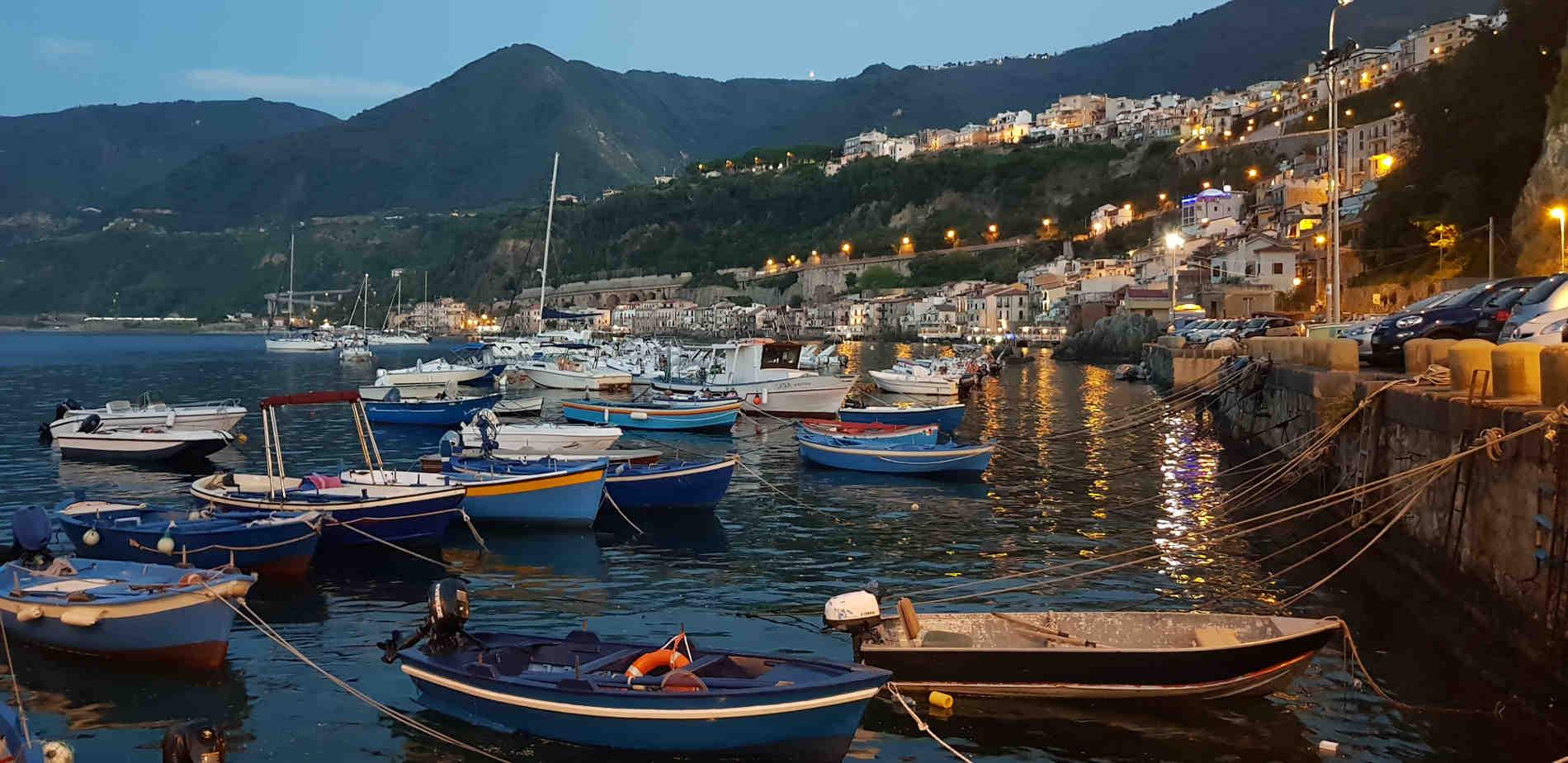 Chianalea di Scilla nella Costa Viola 10 spiagge più belle a Reggio Calabria