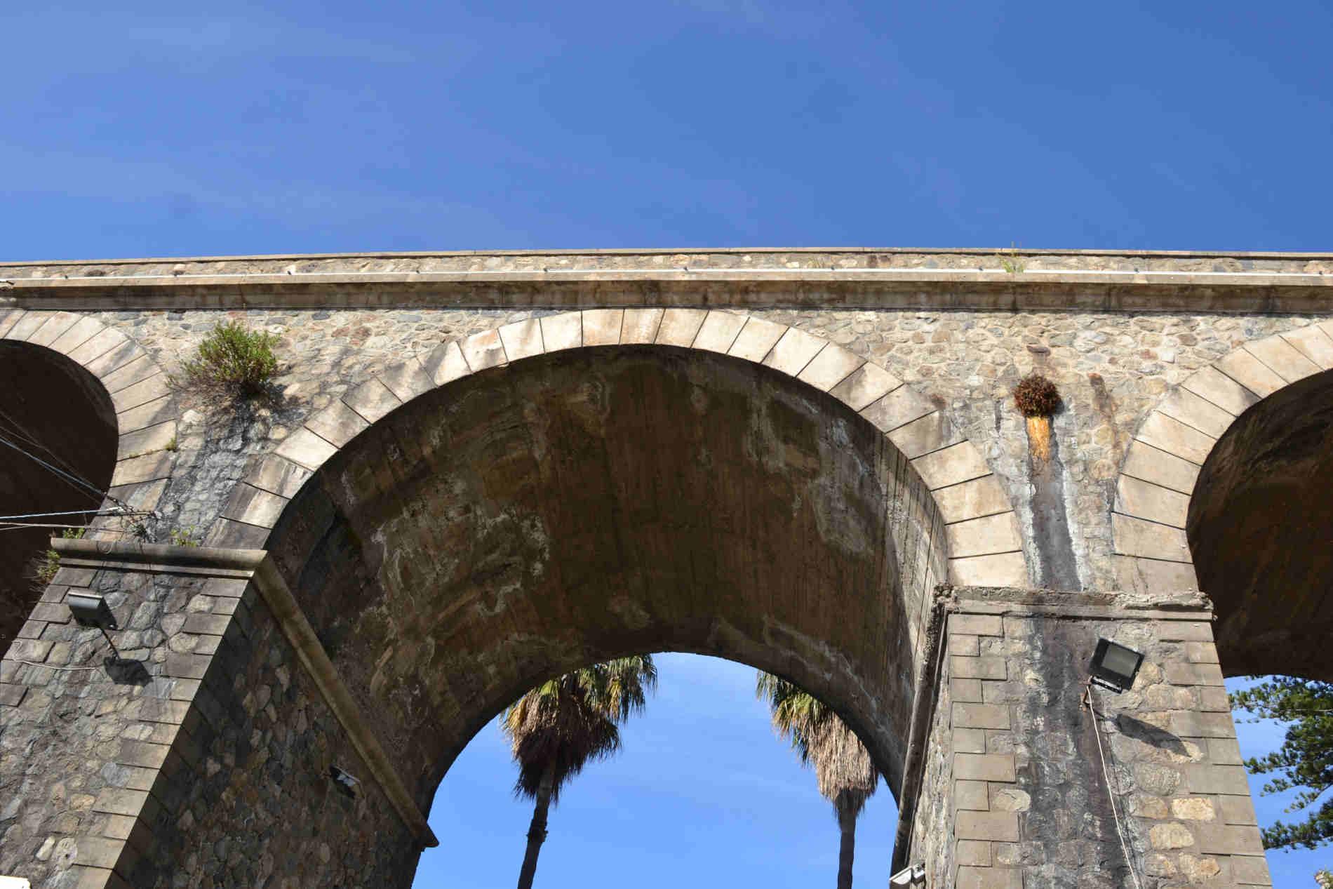 Ponte di Caravilla Bagnara Calabra Costa Viola le 10 spiagge più belle a Reggio Calabria