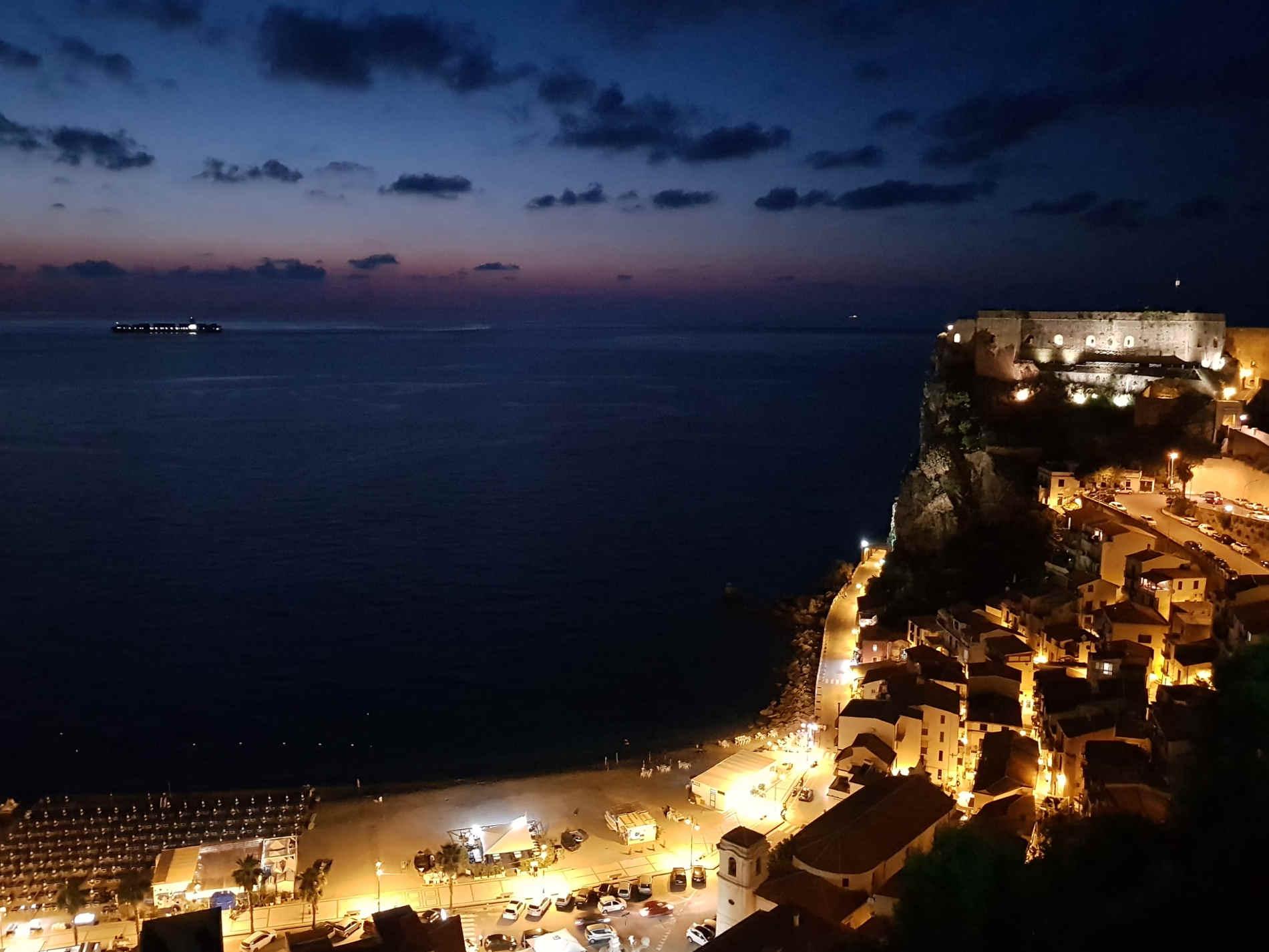 Costa Viola a Scilla e Chianalea di Scilla 10 spiagge più belle a Reggio Calabria