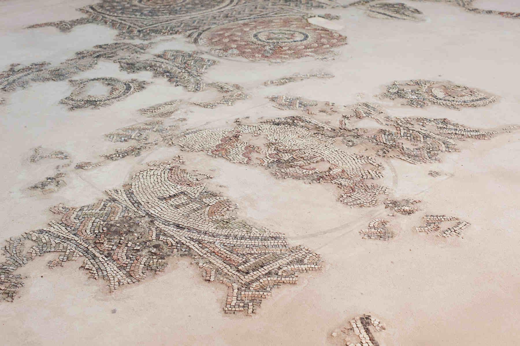 Vacanze sulla Costa ionica di Reggio Calabria Il pavimento a Mosaico ritrovato nel Parco Archeologico di Archeoderi di Bova Marina