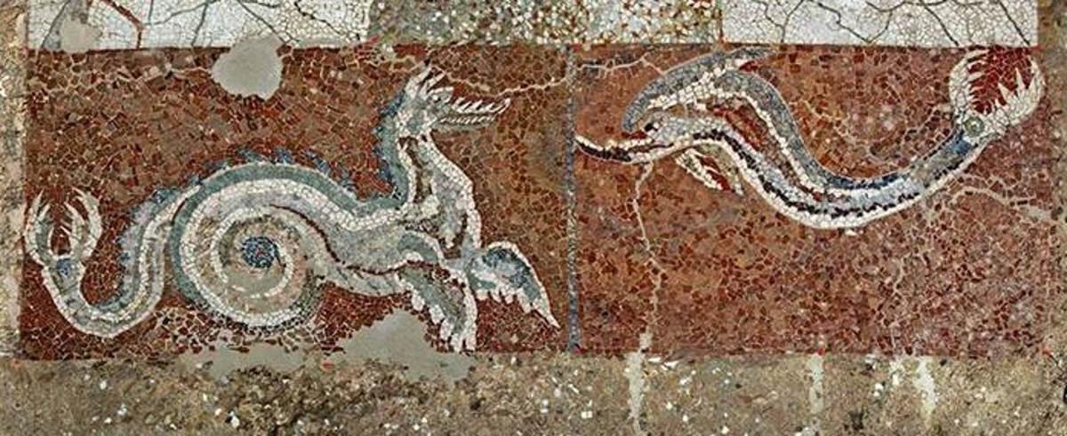 Mosaico draghi e delfini nel Parco Archeologico di Monsterace