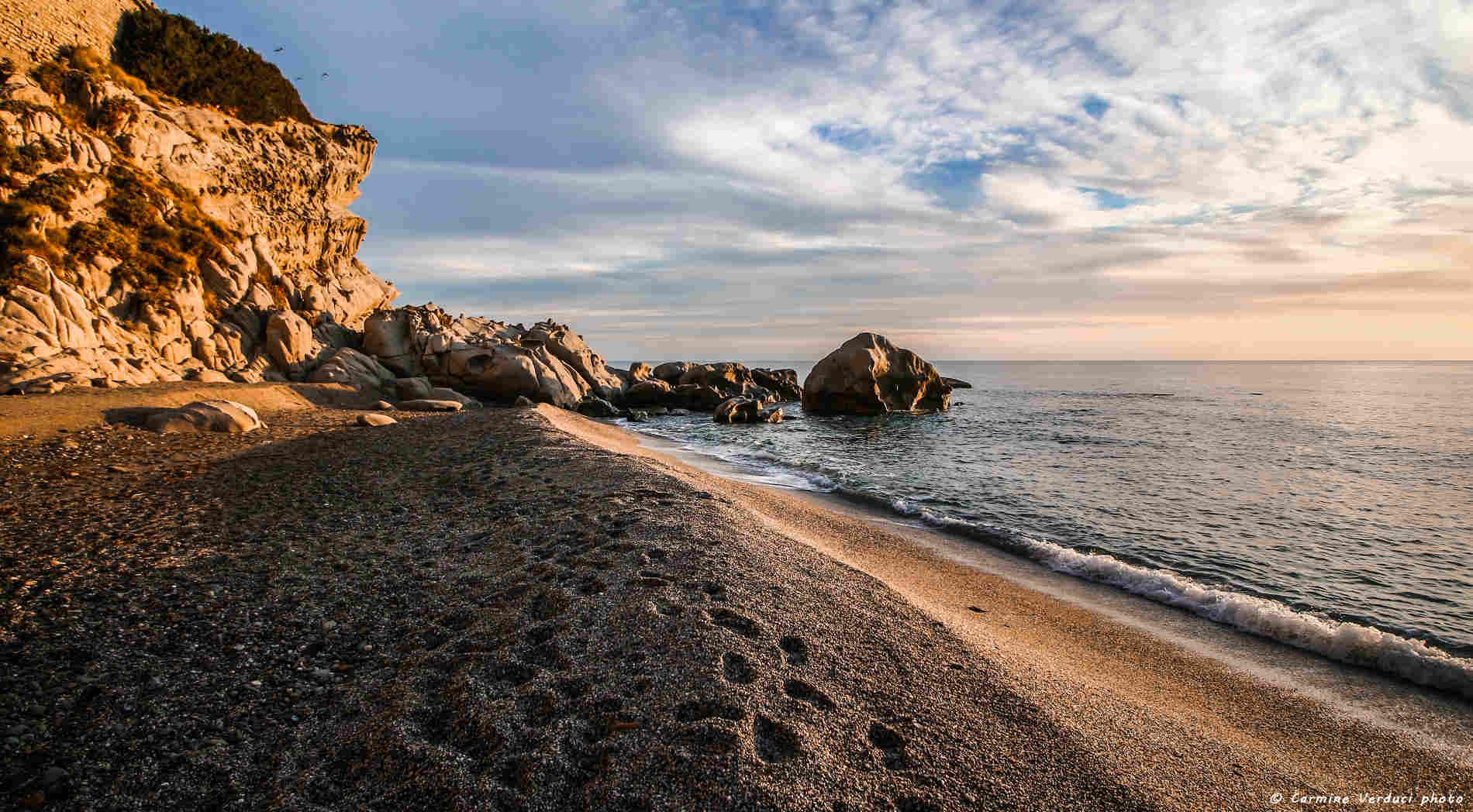 Spiaggia di Capo Bruzzano Vacanze sulla Costa ionica di Reggio calabriaVacanze sulla Costa ionica di Reggio Calabria