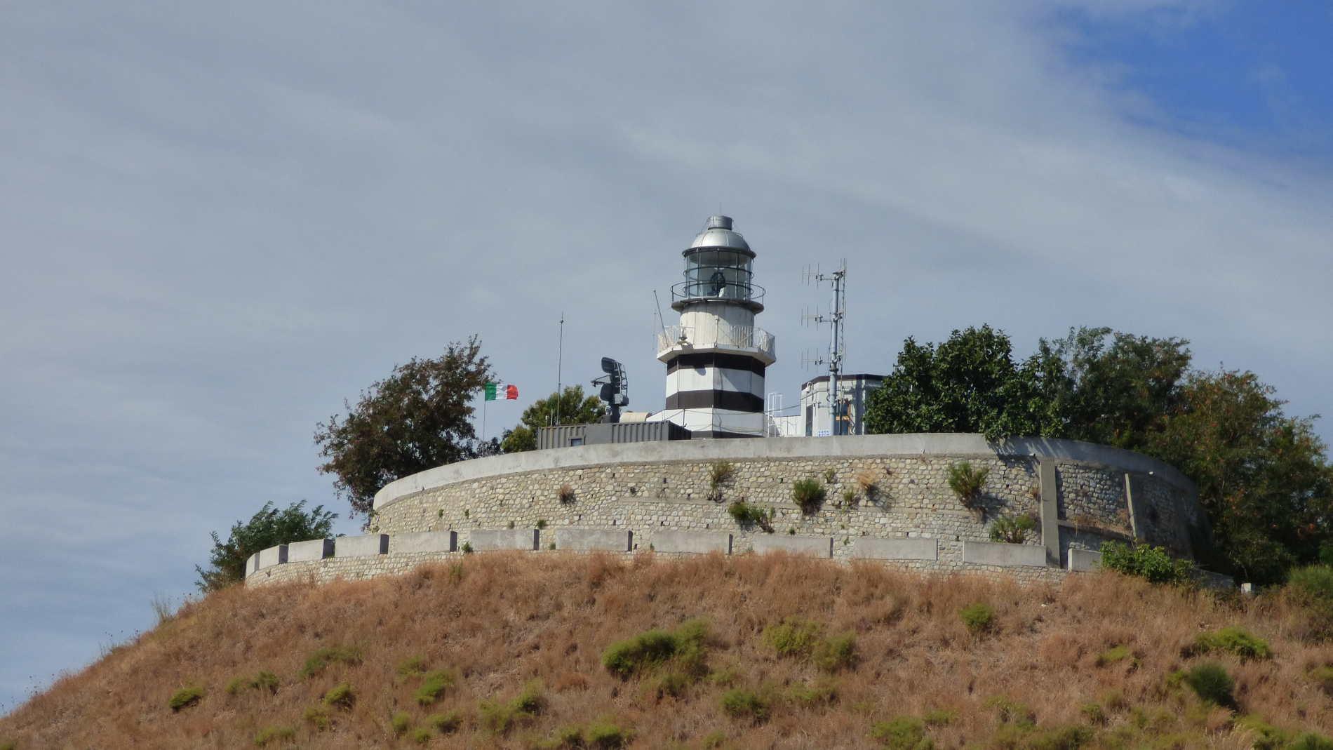 Faro Punta Stilo spuntidiviaggio