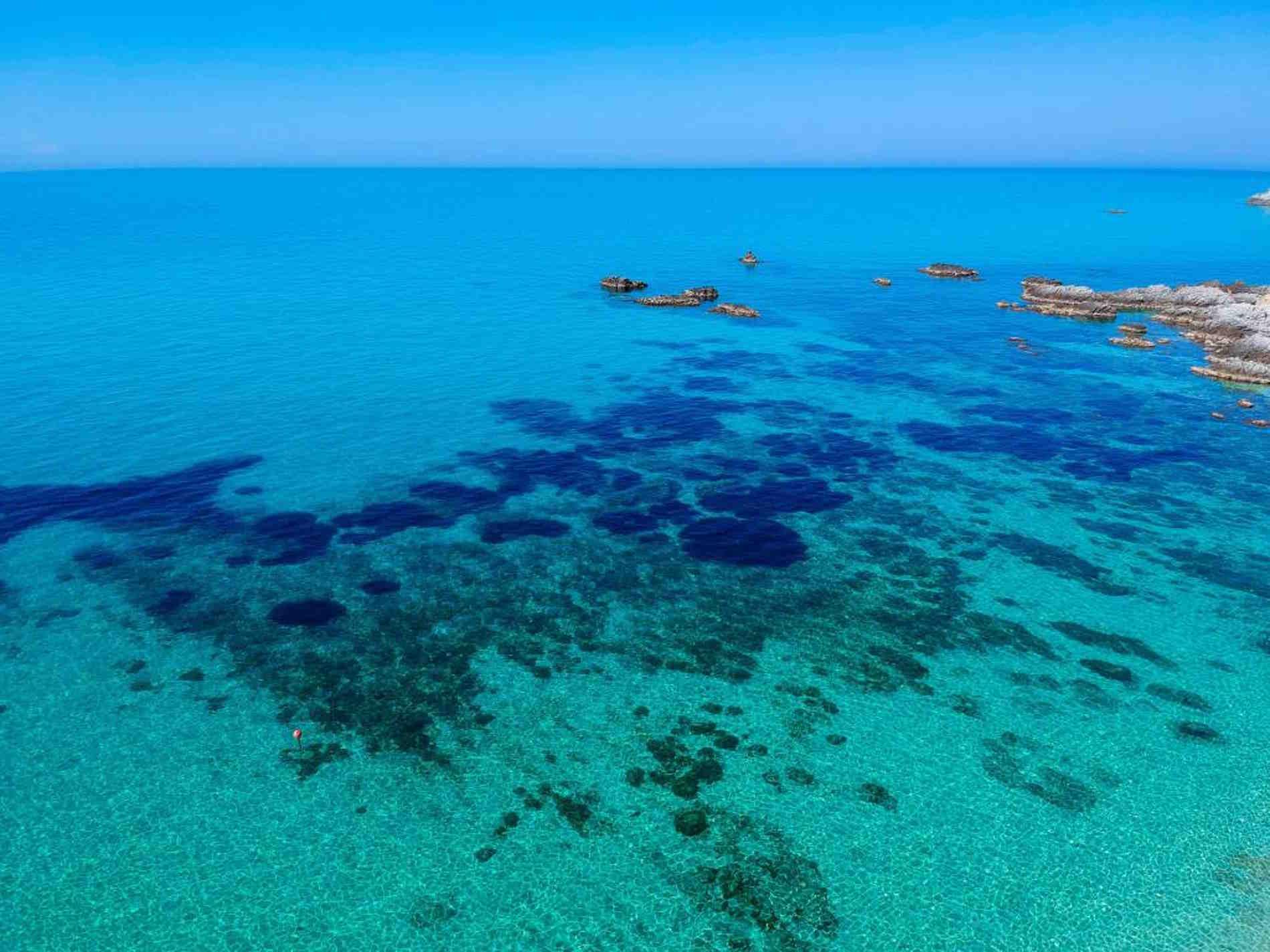 Il Mare di Calabria a Capo Vaticano - Acqua degli Dei Mediterranean Essence