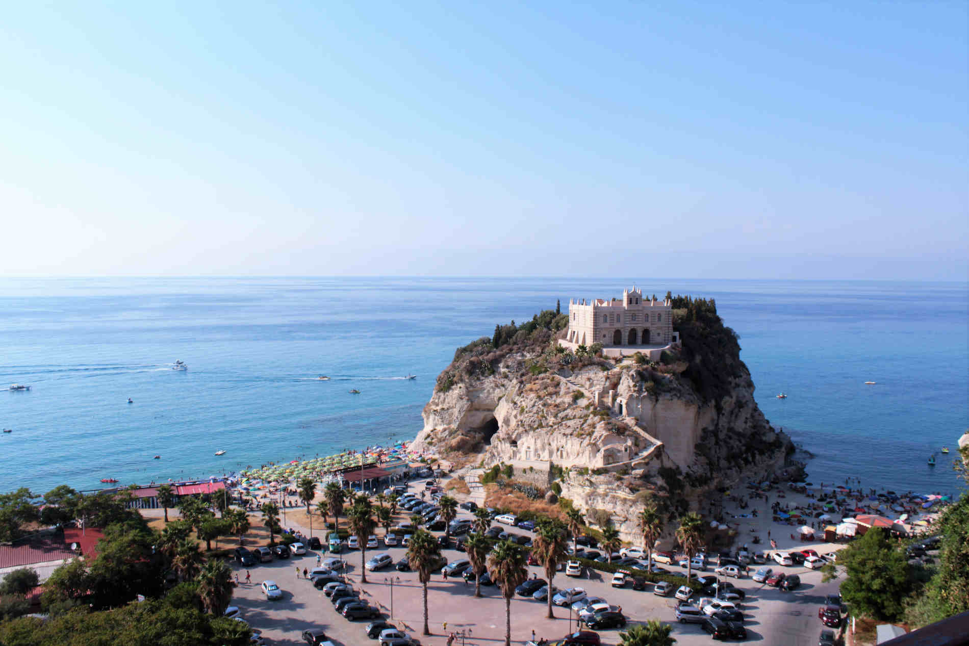 visitare Tropea - cosa vedere. Chiesa di Santa Maria dell'Isola