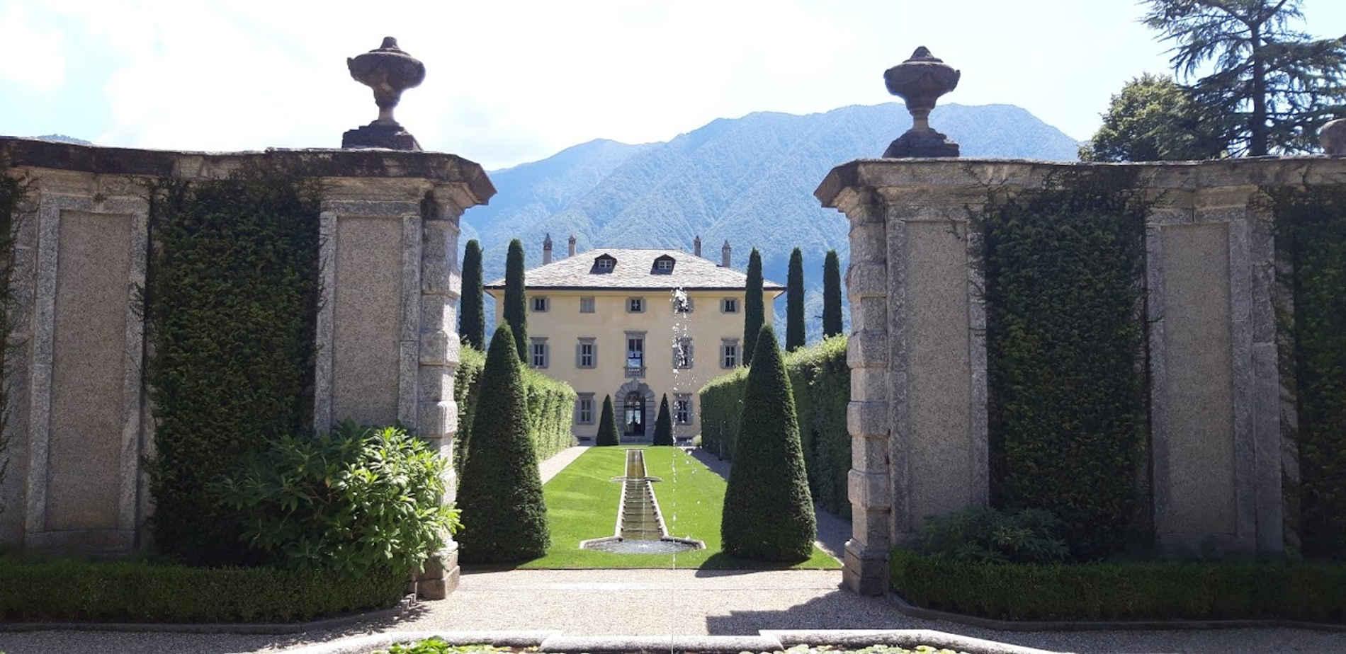 scoprire-il-lago-di-Como-in-battello-villa-balbiano