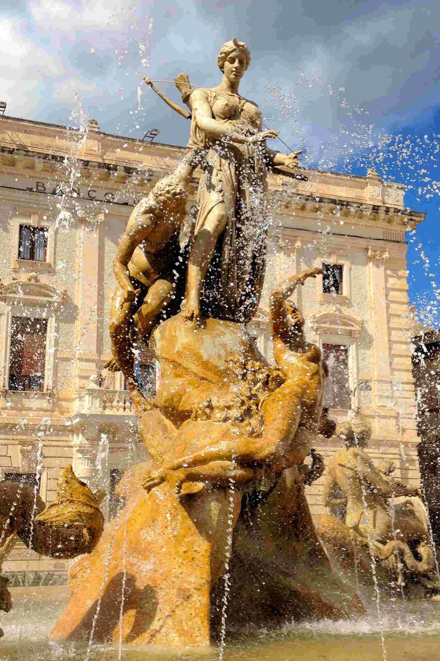 Fontana di Diana fra le cose da vedere a Siracusa e dintorni
