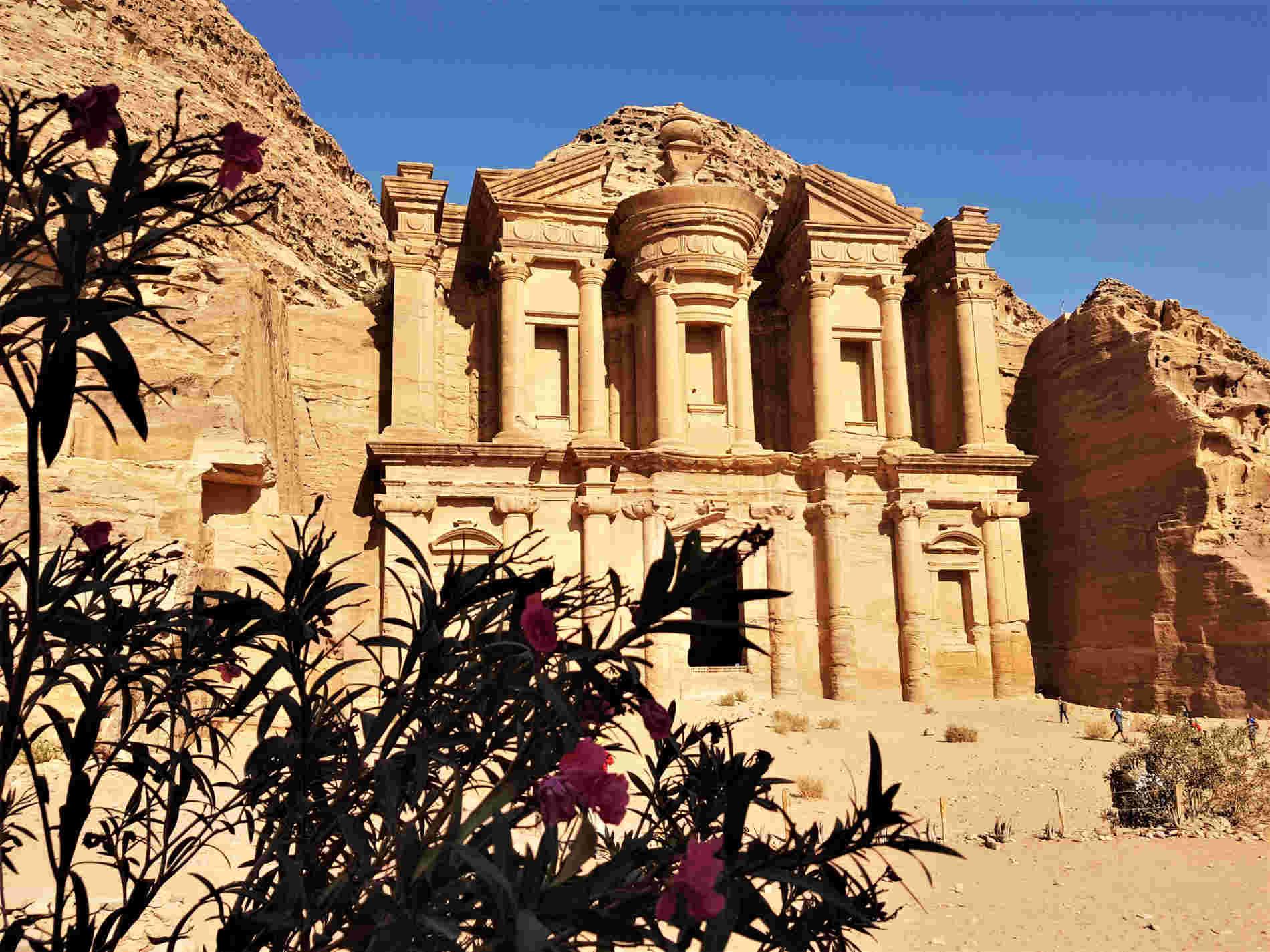 Il monastero a Petra un viaggio virtuale on line in una delle 7 Meraviglie del Mondo moderno