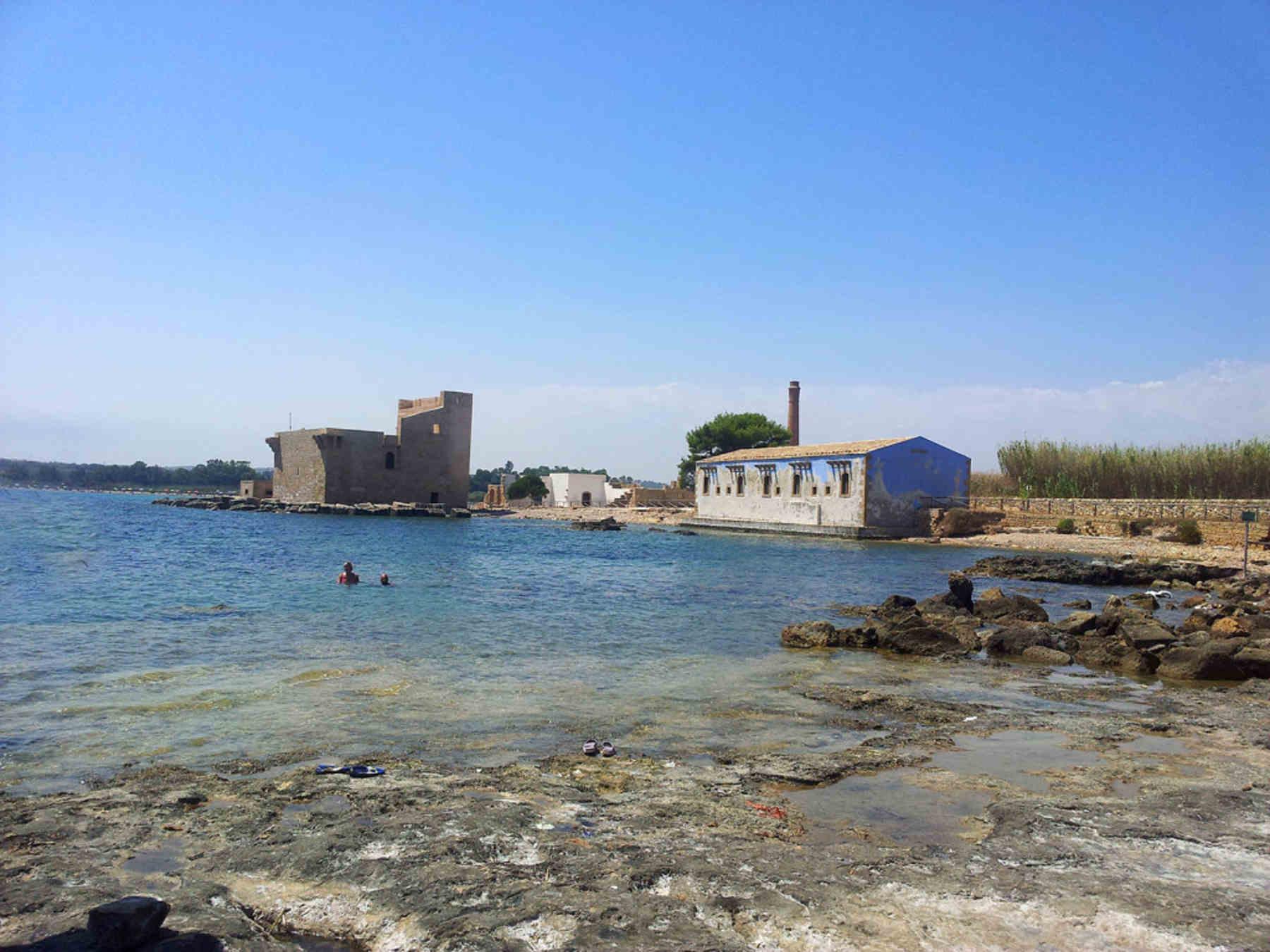 Cose da vedere a Siracusa e dintorni La Torre Sveva nella Riserva Naturale