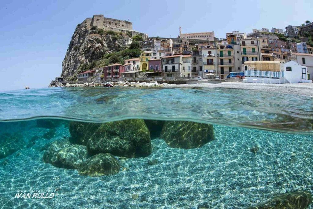 Scilla sopra e sotto il mare Le immersioni imperdibili in Calabria