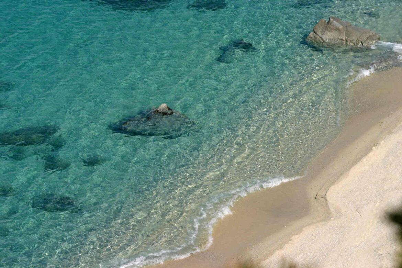trasparenza del mare a Capo Vaticano in Calabria