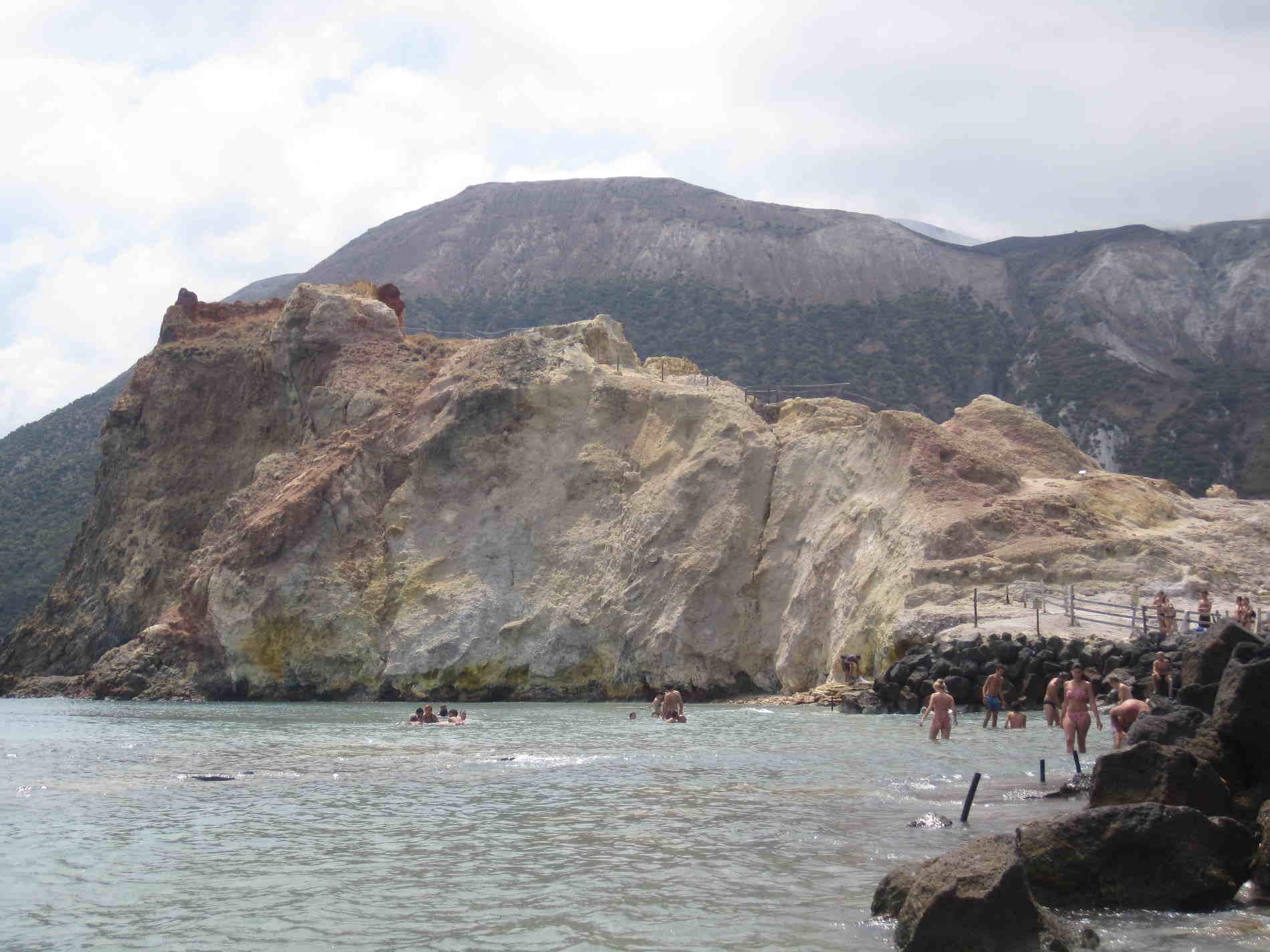 Fanghi e Bagni a Vulcano Isole Eolie