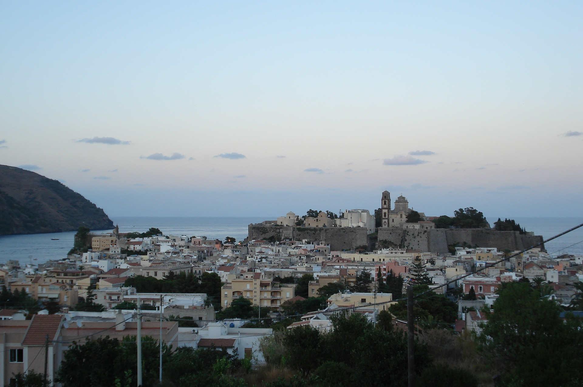 Rocca e Castello di Lipari Isole Eolie