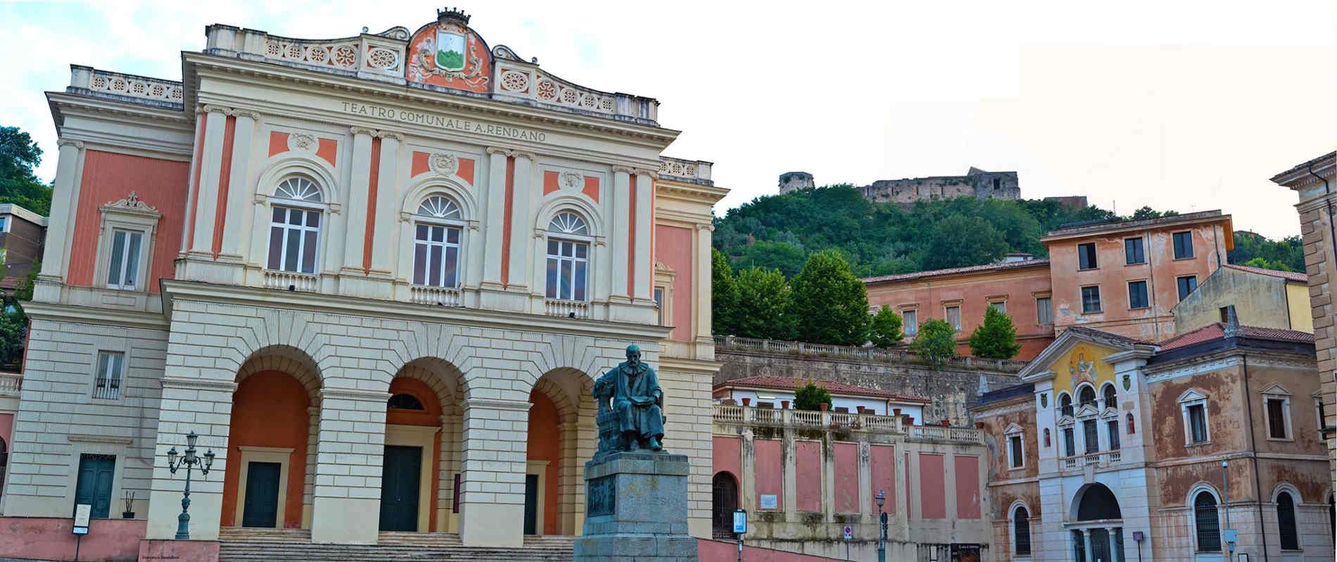 Cosa vedere nel centro storico di Cosenza Piazza XV Marzo 1844