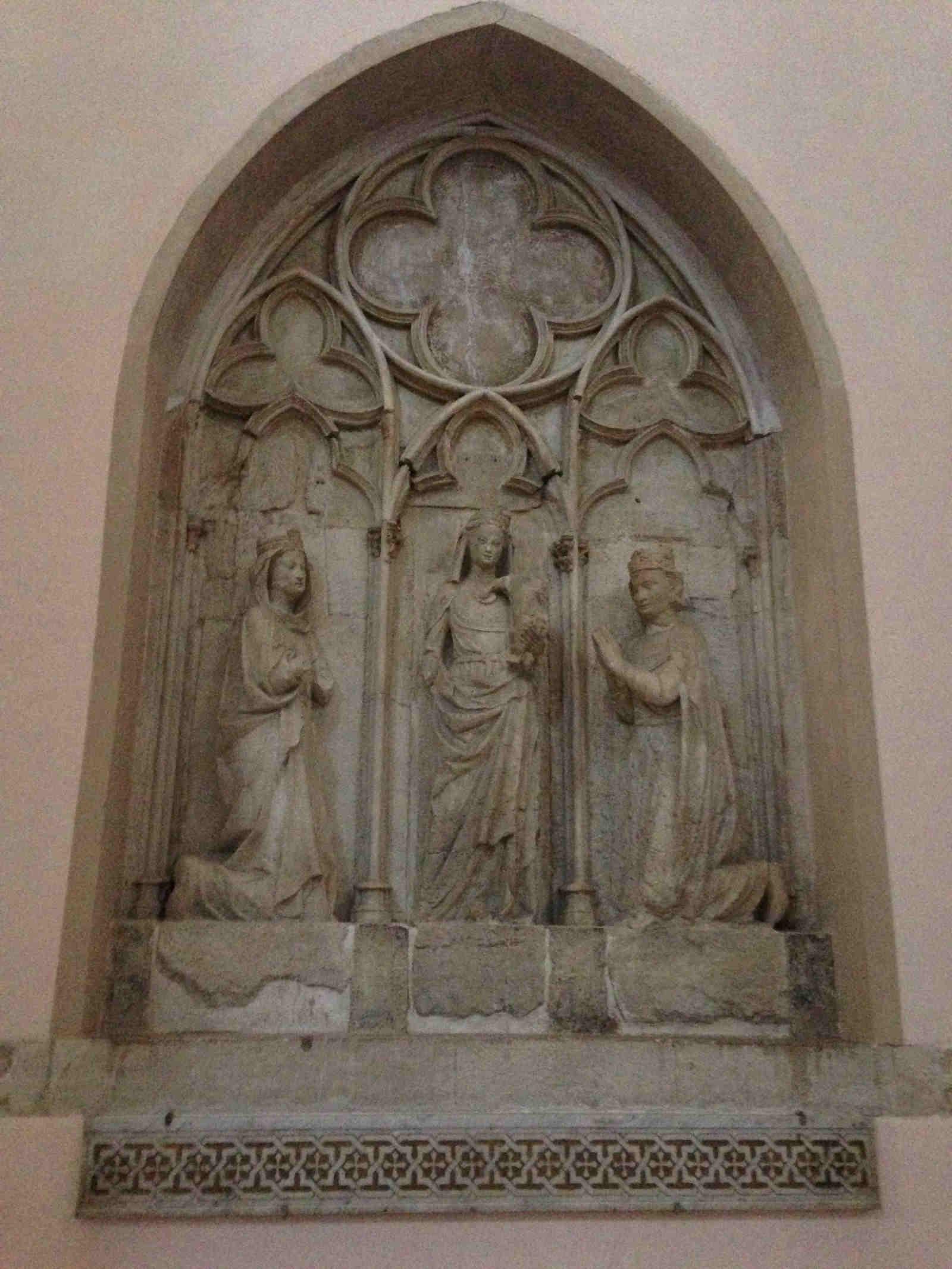 Mausoleo della Regina Isabella d'Aragona nel Duomo di Cosenza
