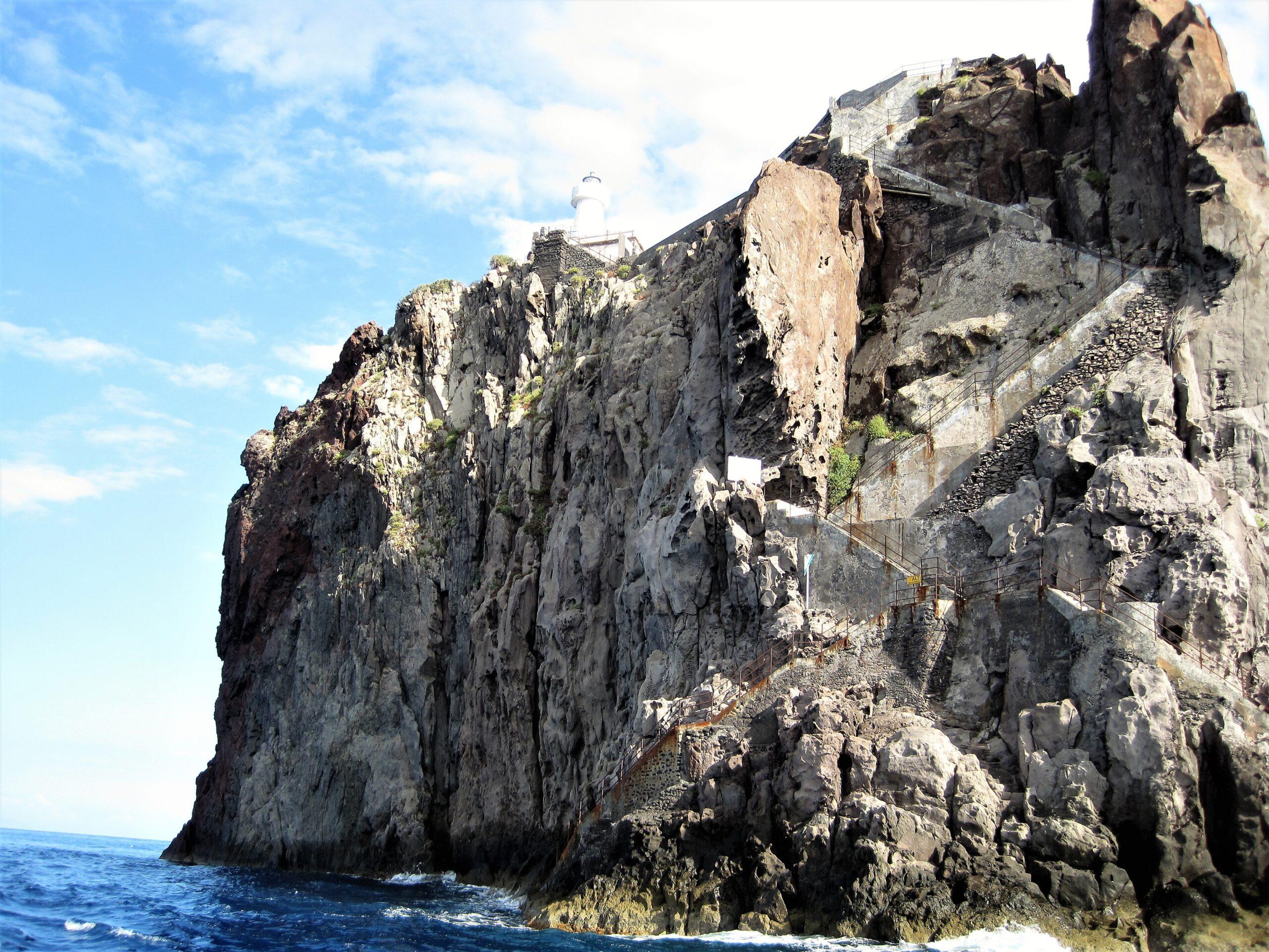 Strombolicchio e il suo Faro Isole Eolie
