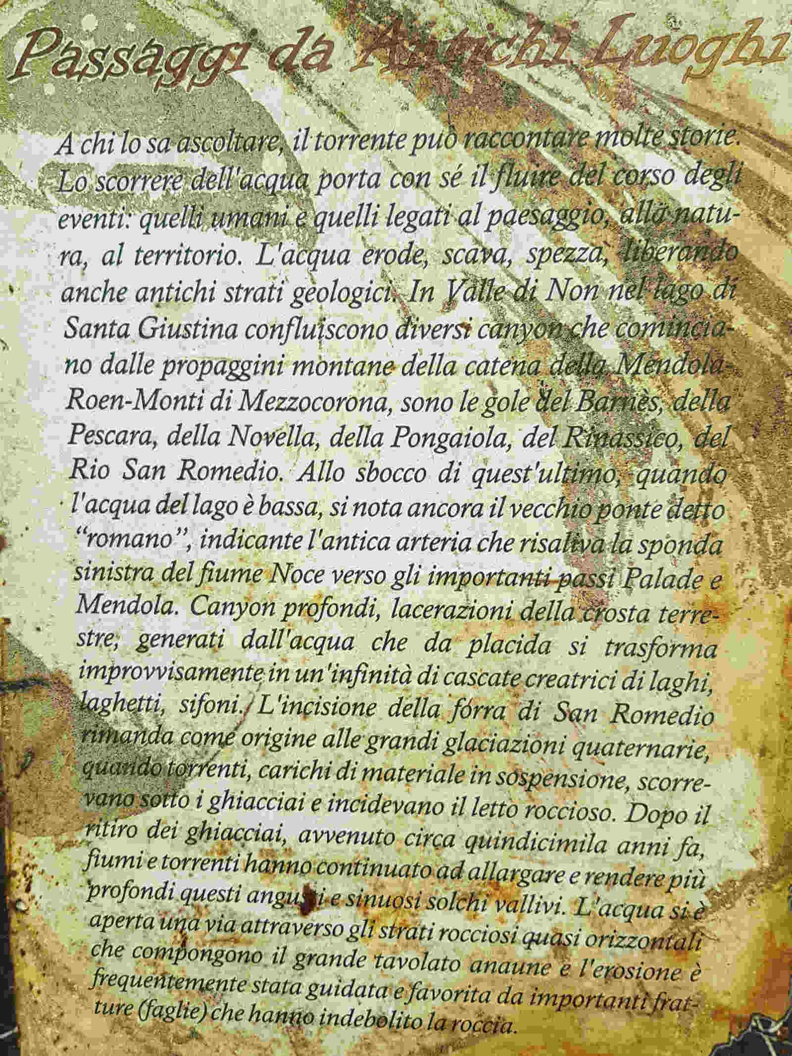 Cartellonistica esplicativa lungo la passeggiata di San Romedio nella forra