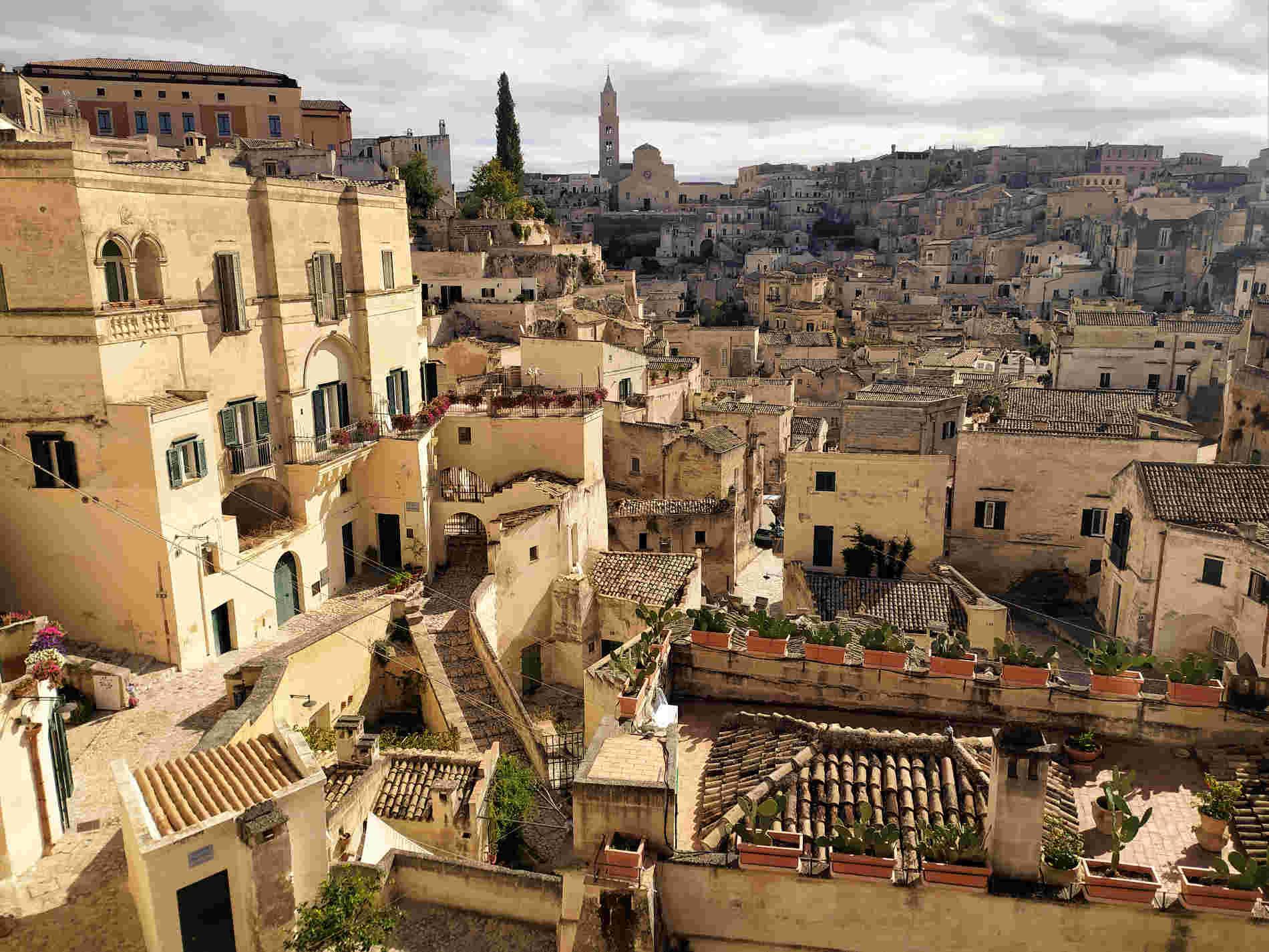 Panorama sul Sasso Barisano a Matera città dei Sassi e delle Acque