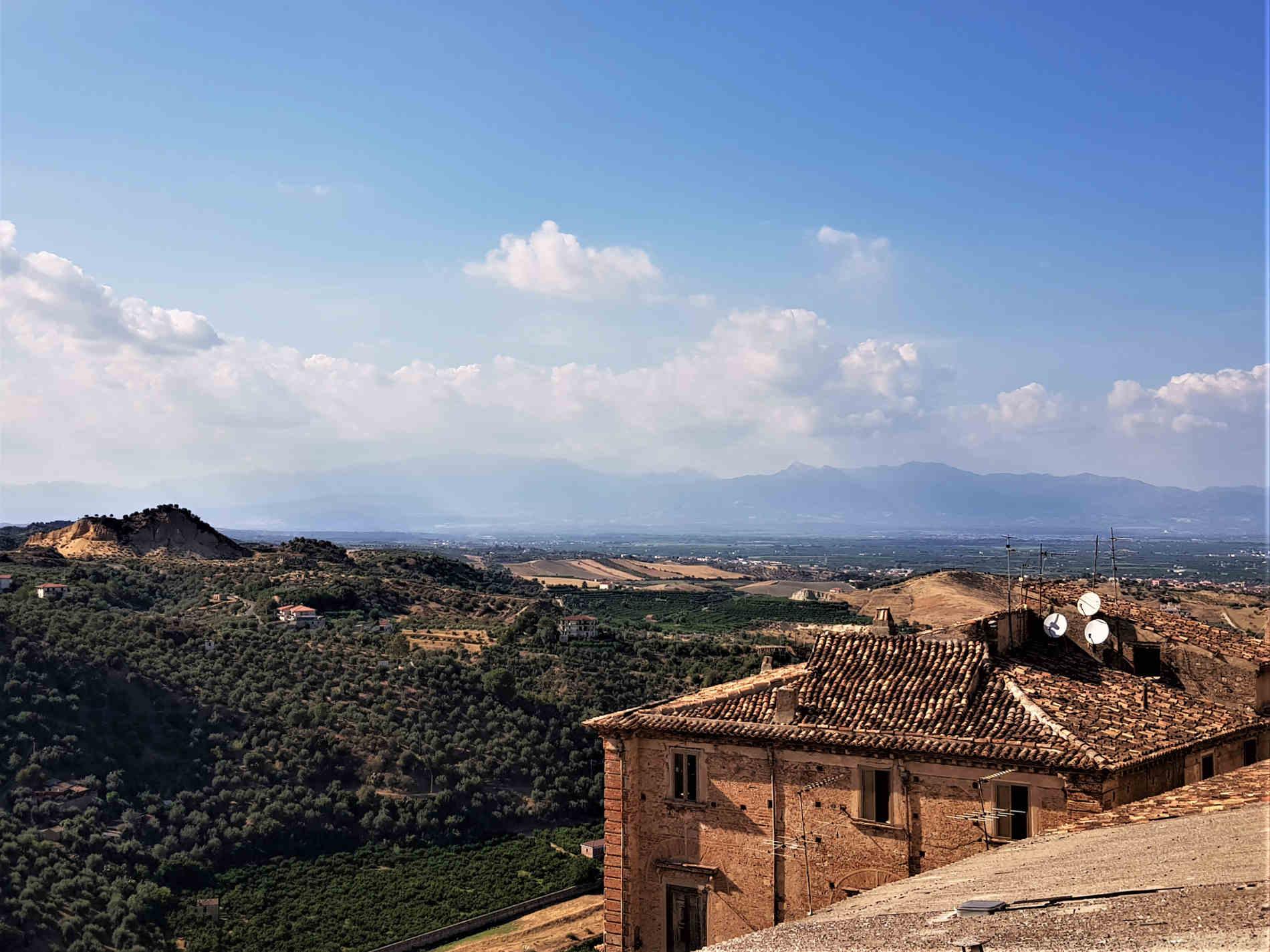 Panorama sull'alto jonio cosentino da Corigliano Calabro