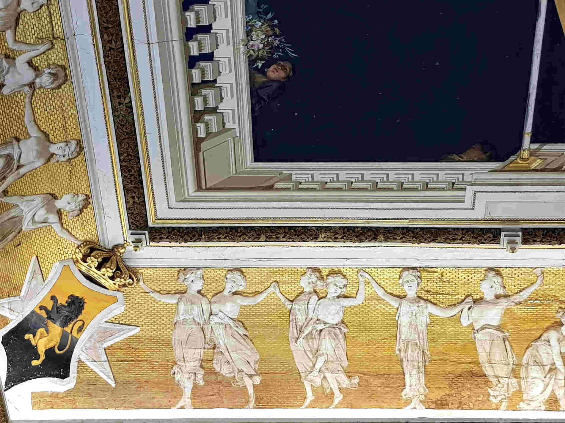 Cosa vedere nel Castello di Corigliano Calabro - Il soffitto nel Salone degli Specchi