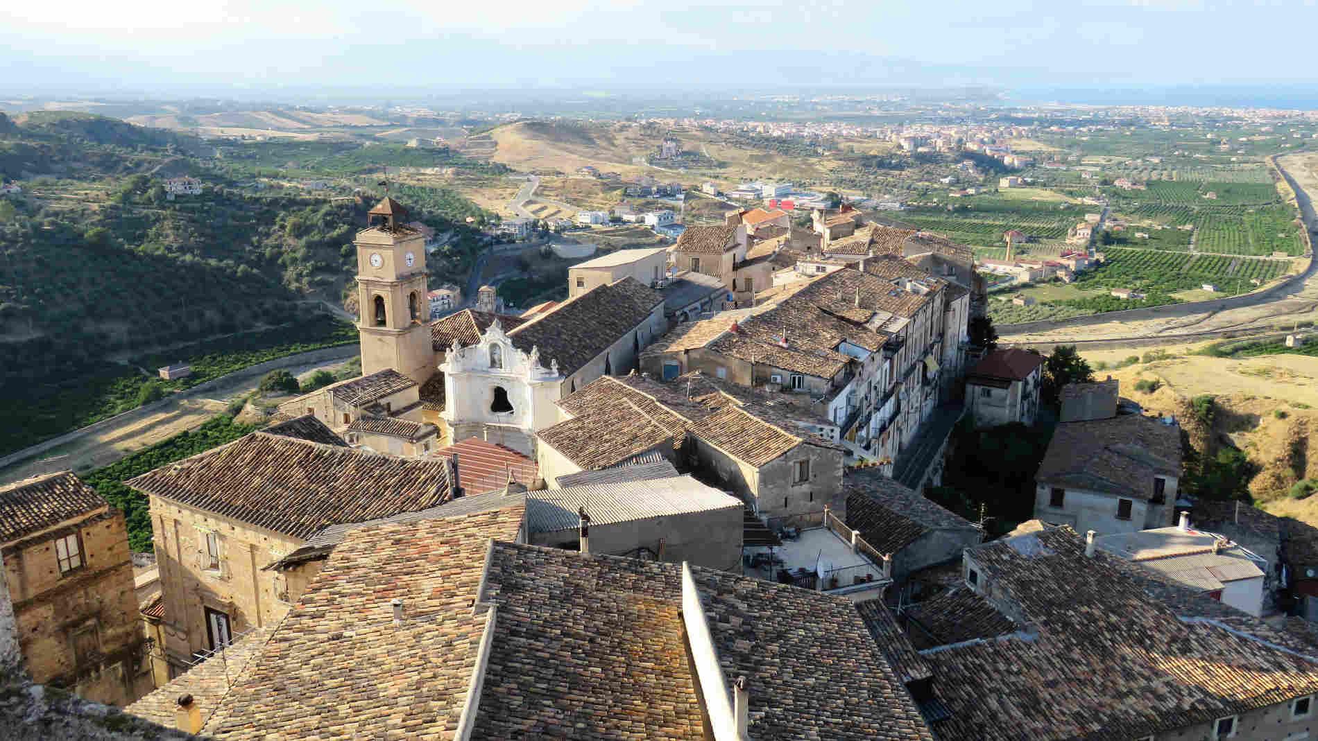 Il Borgo antico dalla Torre del Mastio del Castello Ducale di Corigliano Calabro, Cosenza