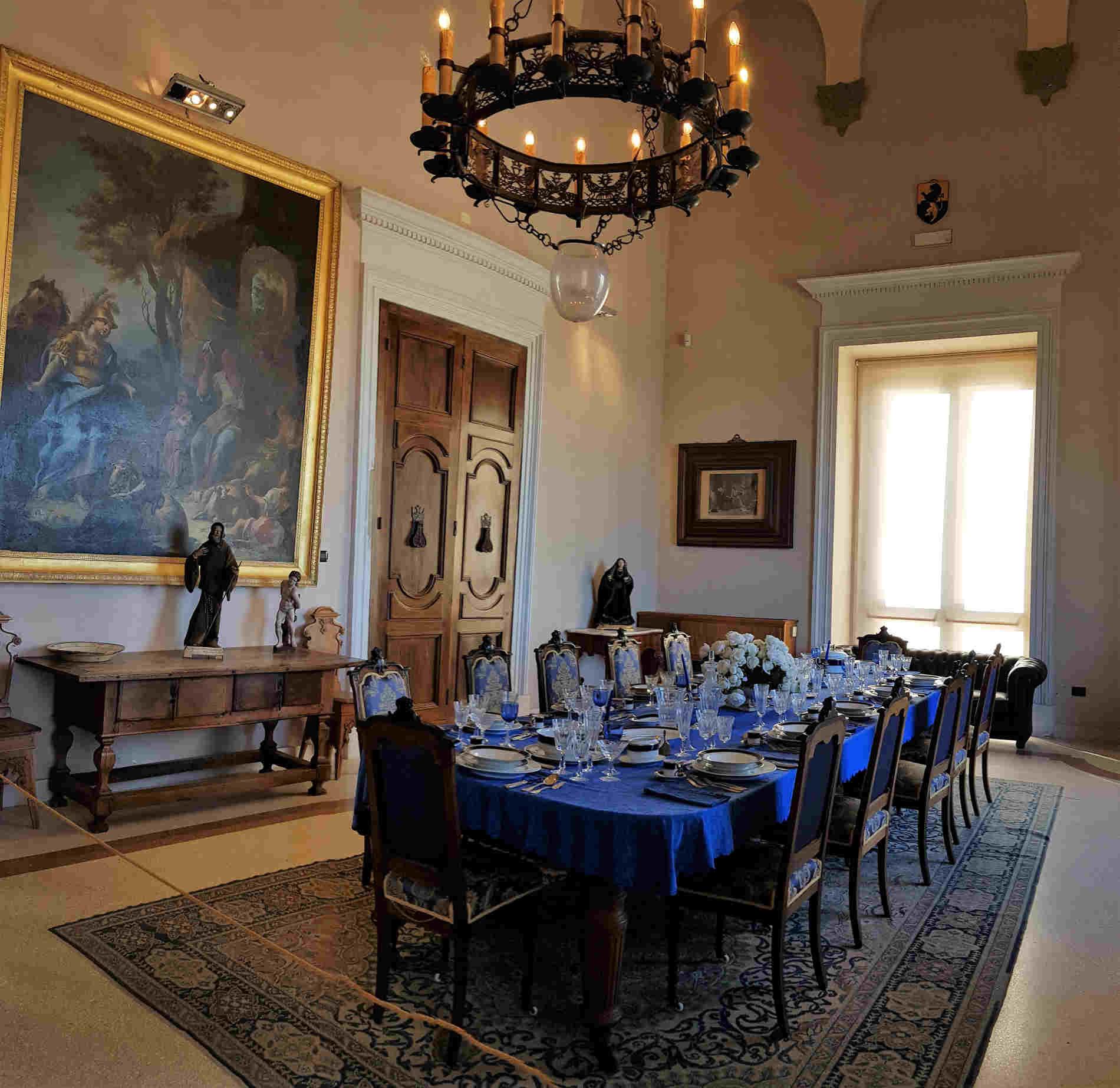 Sala da Pranzo di Rappresentanza Cosa vedere nel Castello di Corigliano Calabro - Sala da Pranzo