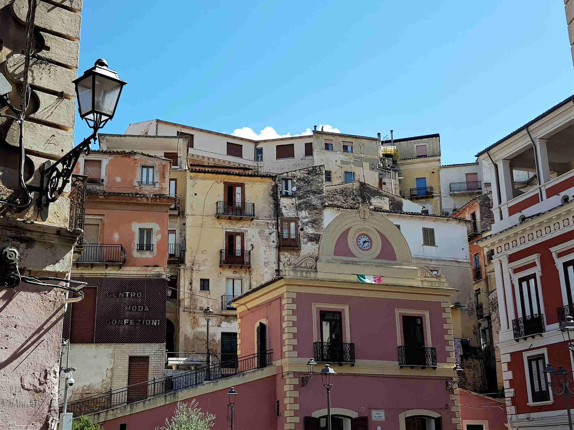 Scorci del centro storico di Corigliano Calabro