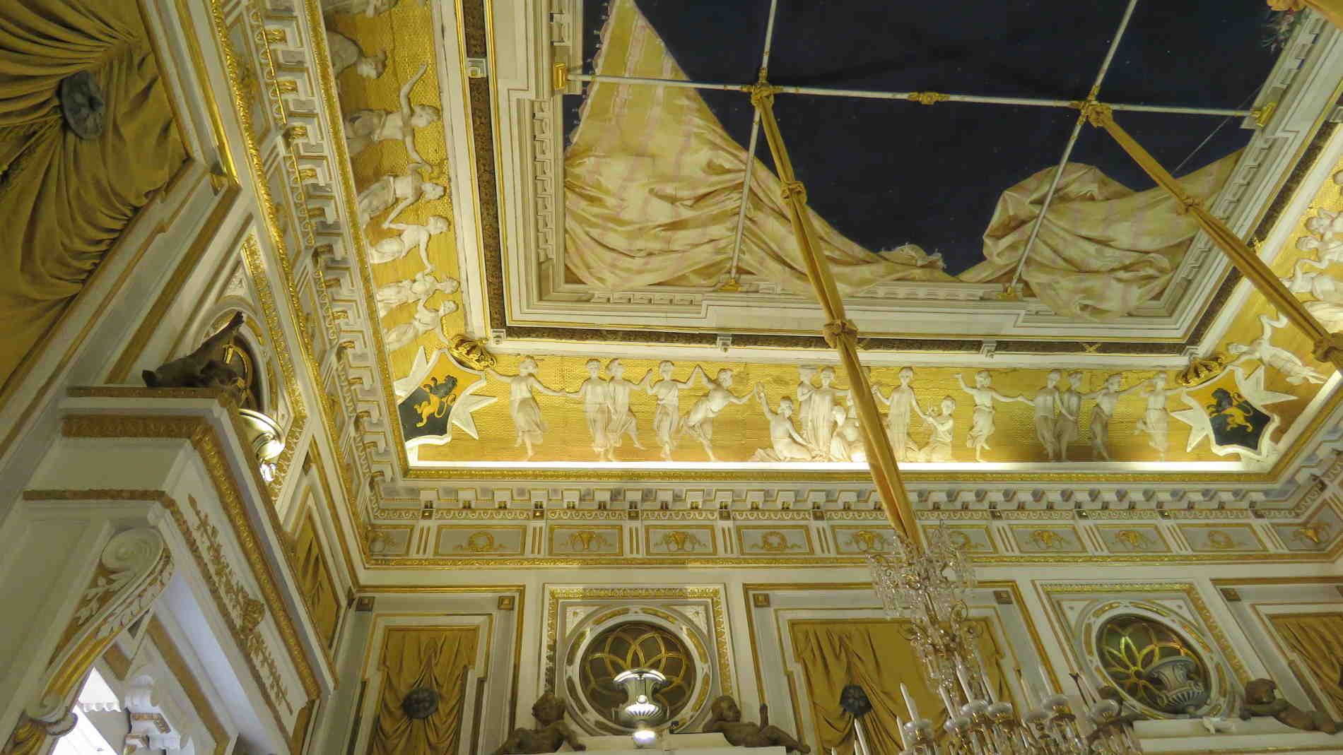 Cosa vedere nel Castello di Corigliano Calabro - Il Salone degli Specchi
