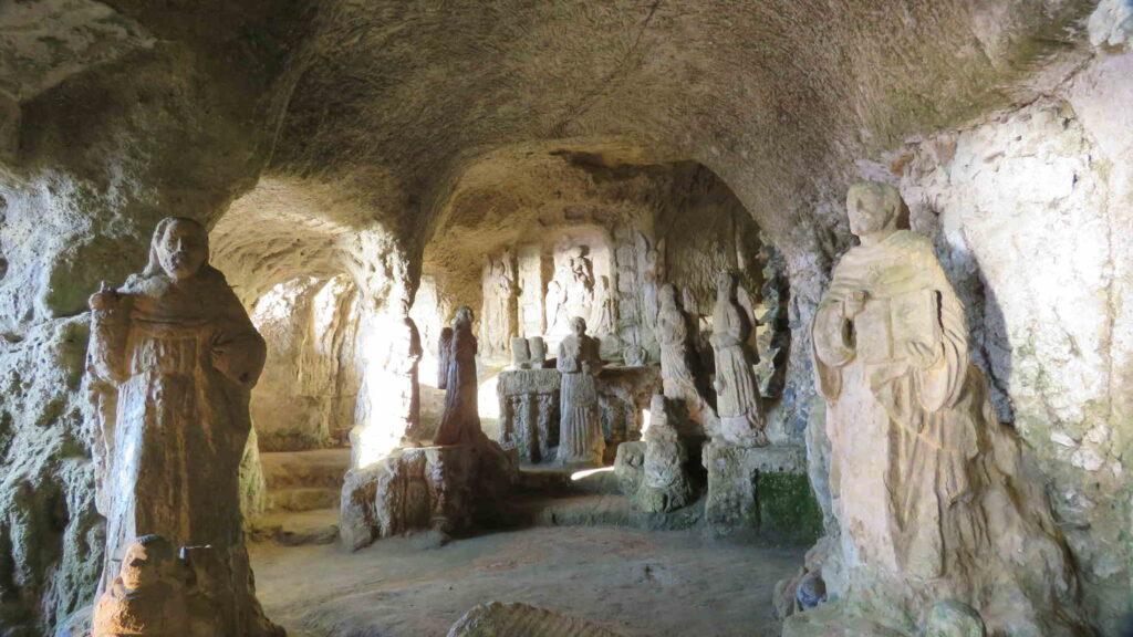 La Chiesetta di Piedigrotta a Pizzo Calabro in Calabria con i Blogger