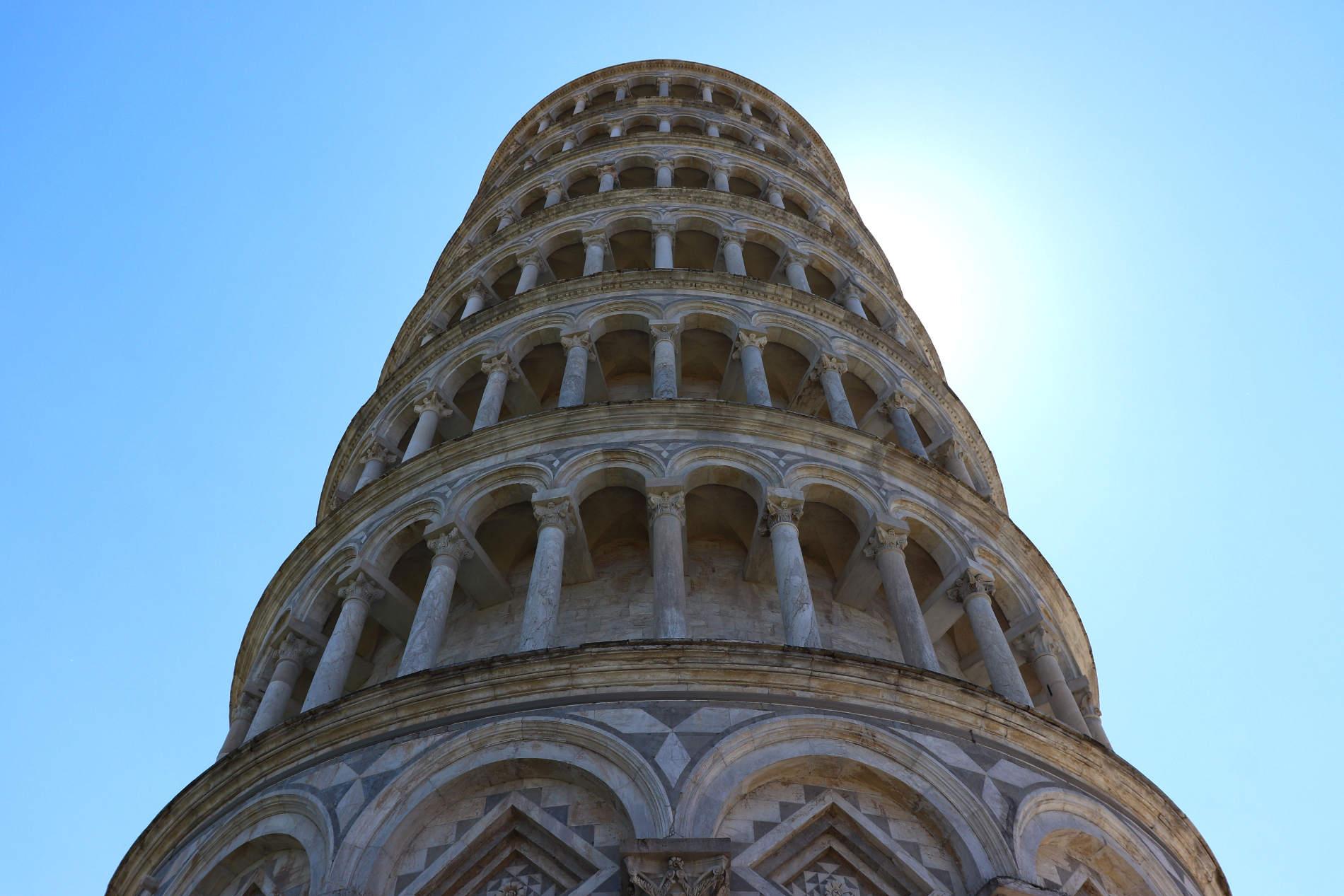 La torre pendente a Pisa Patrimonio dell'Umanità sulla Piazza dei Miracoli