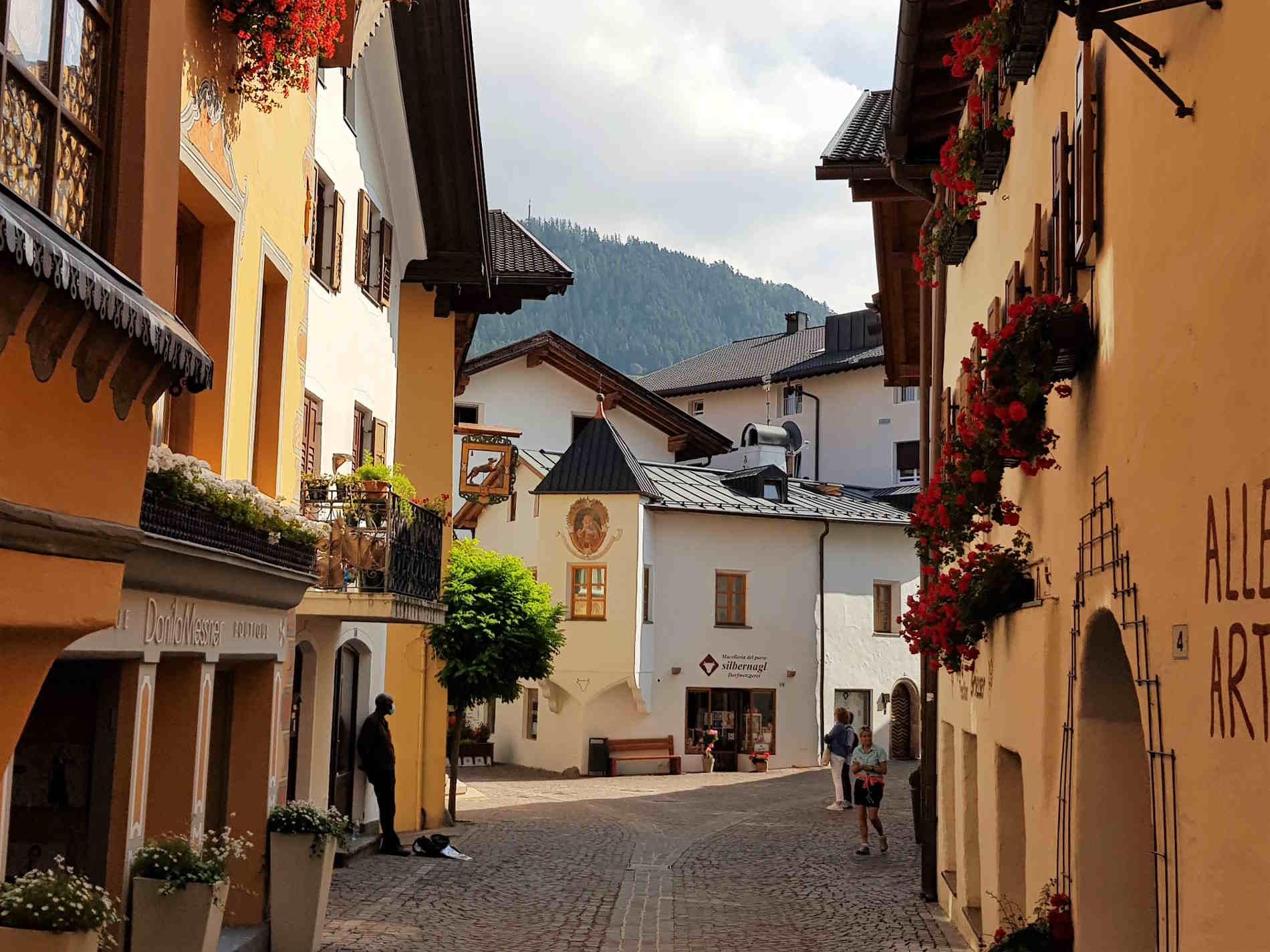 Stradine del Borgo di Castelrotto Bolzano Alto Adige