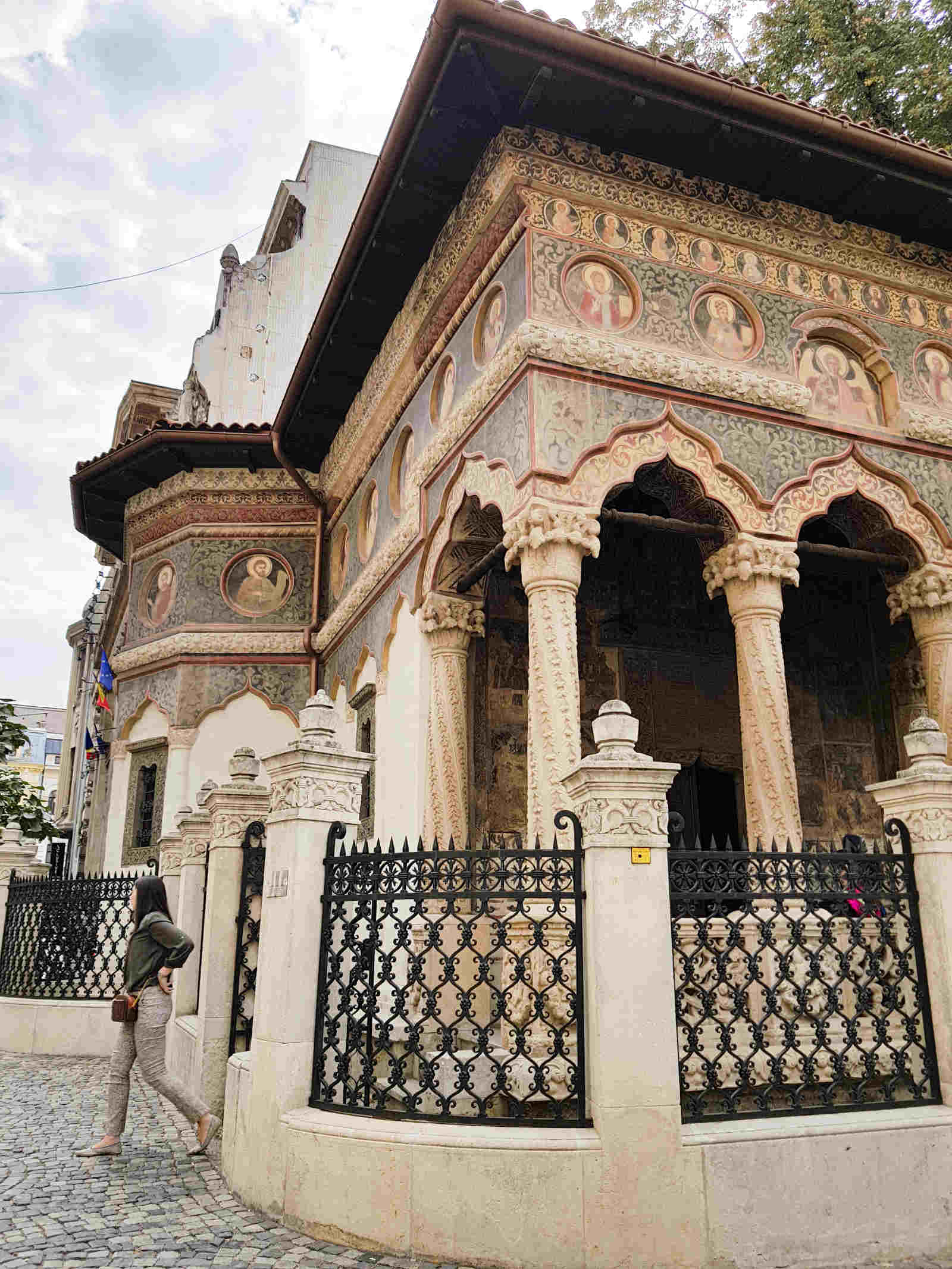 Monastero di Stavropoleos a Bucarest capitale della Romania Cosa vedere nelle capitali europee da visitare
