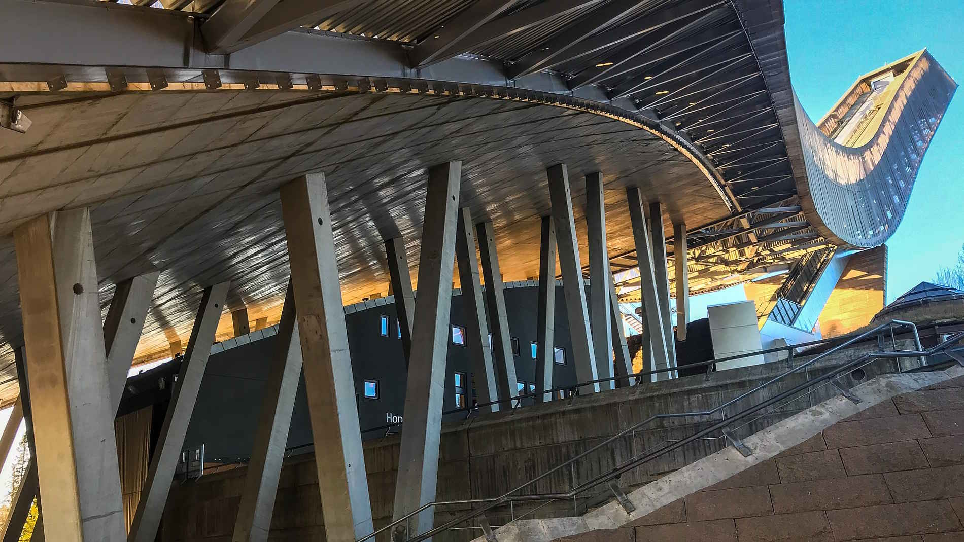 Cosa vedere nelle capitali europee Cosa vedere a Oslo e dintorni in Norvegia Europa- Trampolino da sci di Holmenkollen,