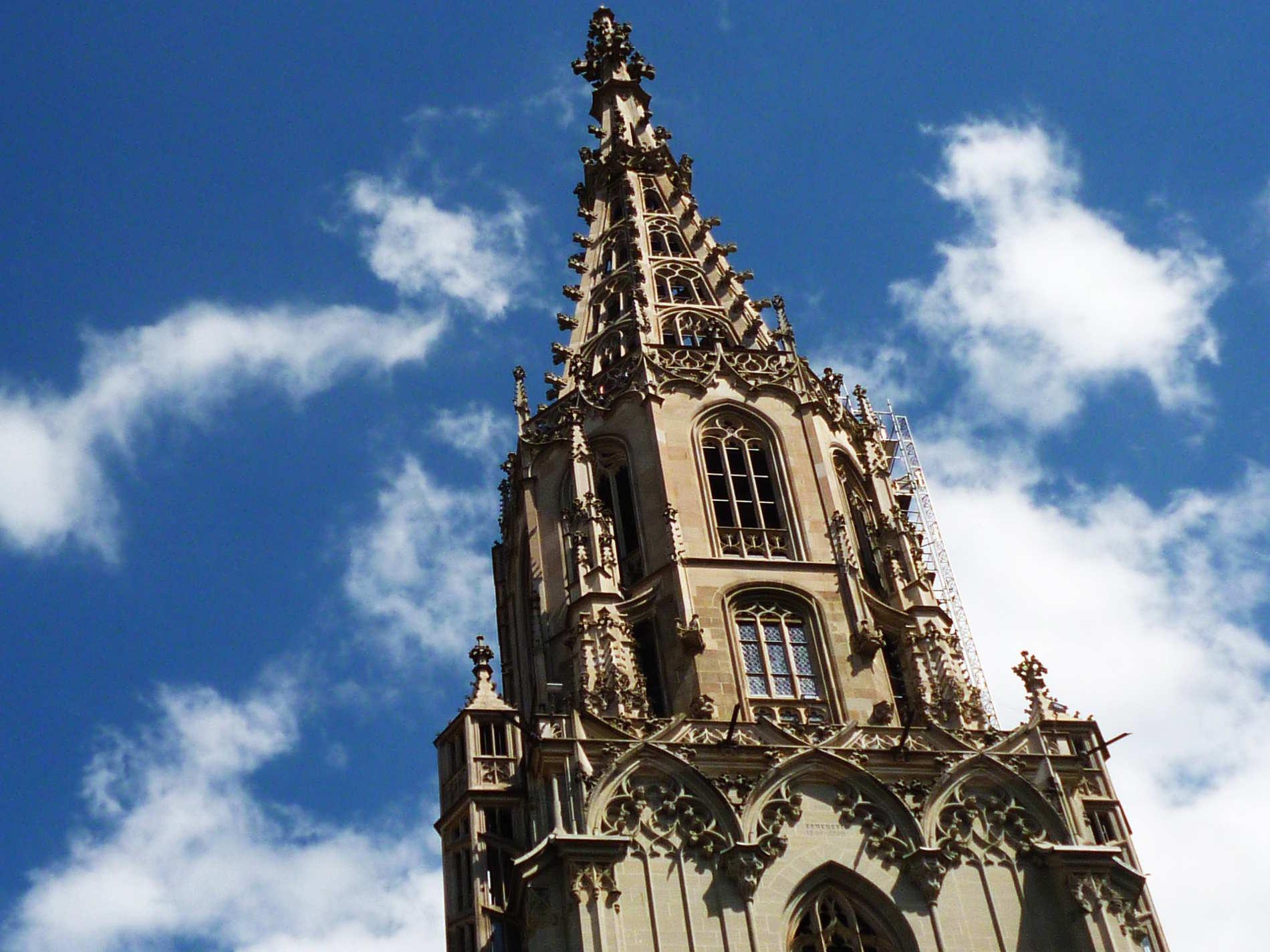 Berna Le guglie del Berner Münster Svizzera