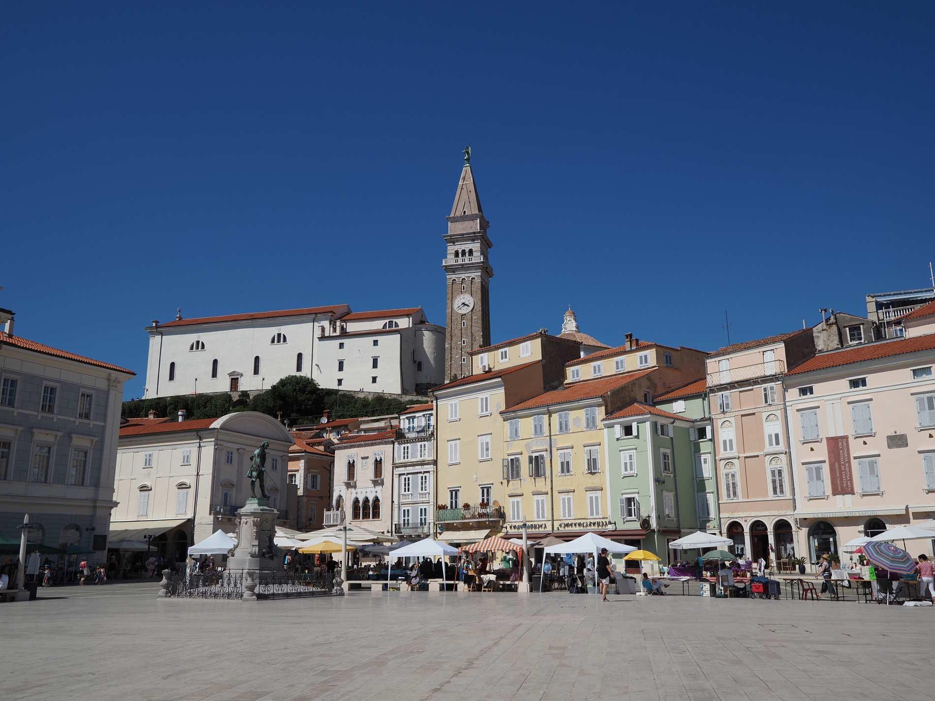 Centro storico di Pirano in Slovenia sulla costa adriatica