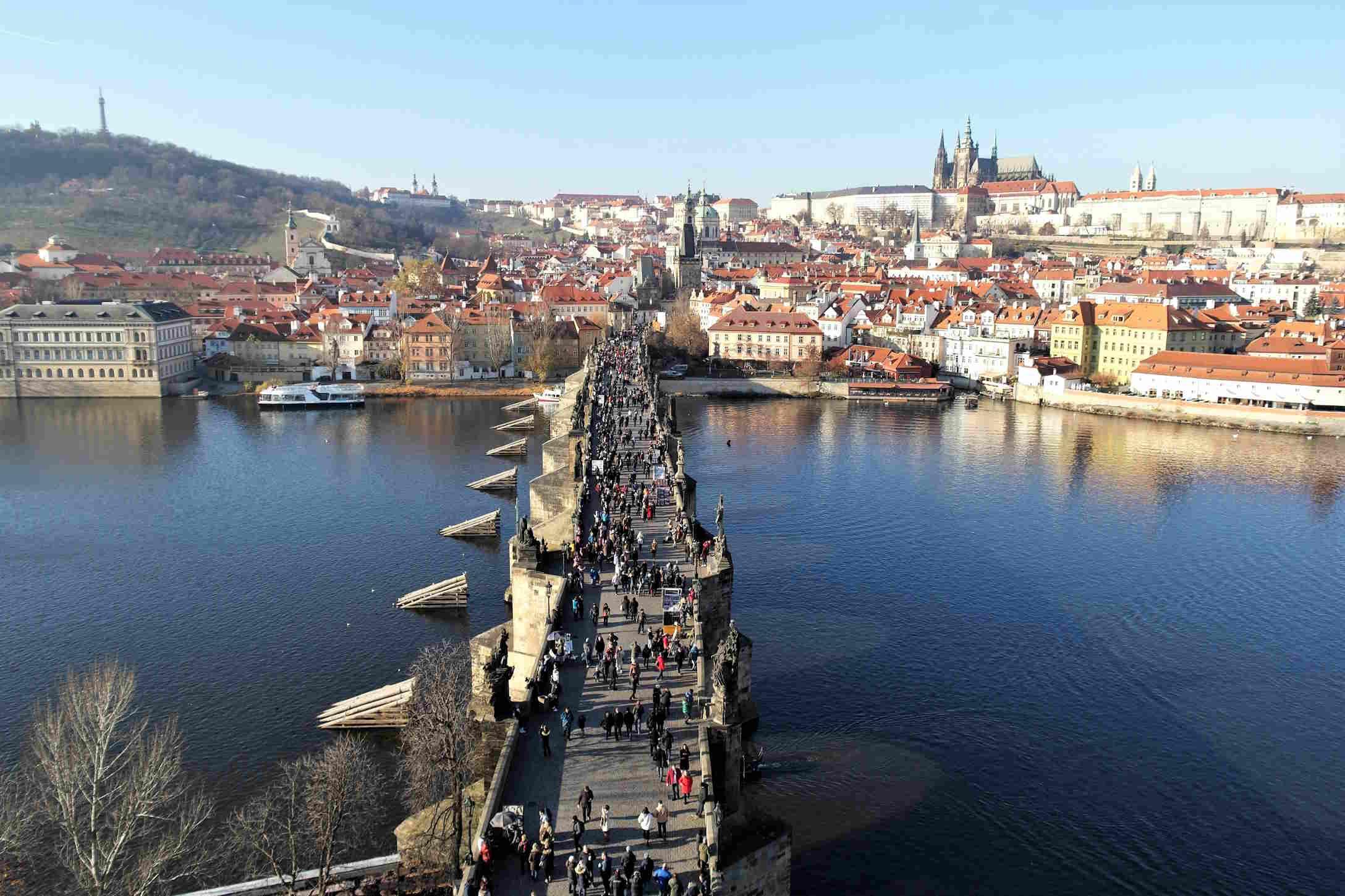 Capitali Europee da visitare - Il Ponte Carlo a Praga capitale Ceca in Europa