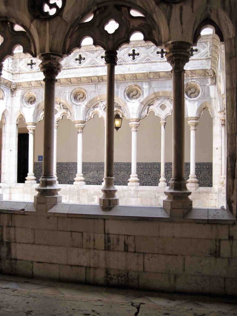 Il Chiostro del Convento Madre de Deus